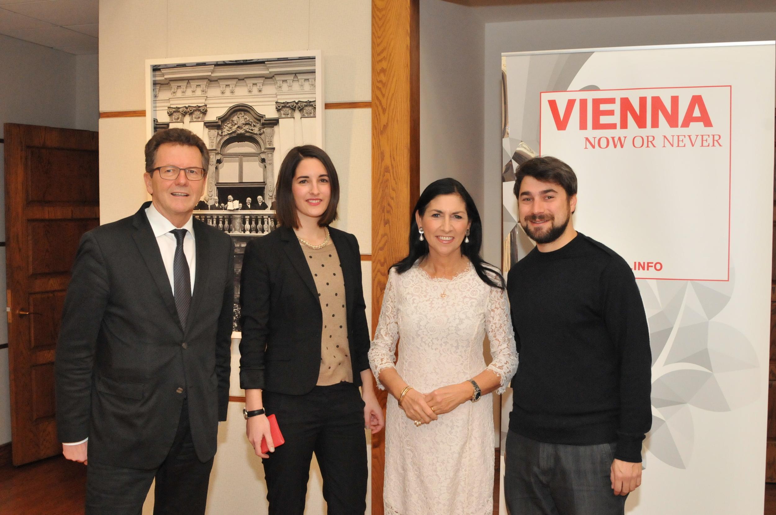Amb. Wolfgang Waldner, Helena Hartlauer ( Vienna.info ), Danielle Spera, Andrew Mezvinsky