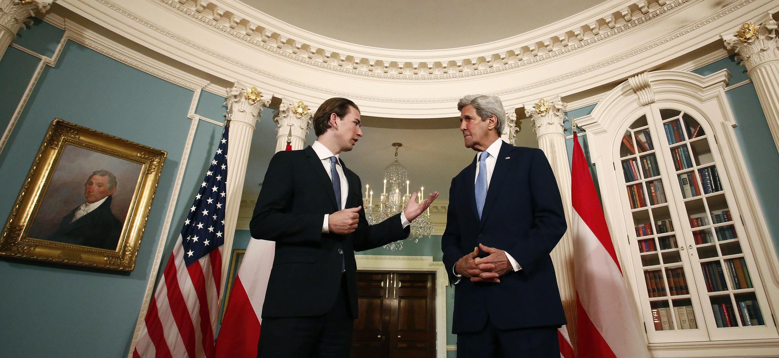 FM Kurz and Secretary Kerry before their meeting. Photo: Dragan Tatic