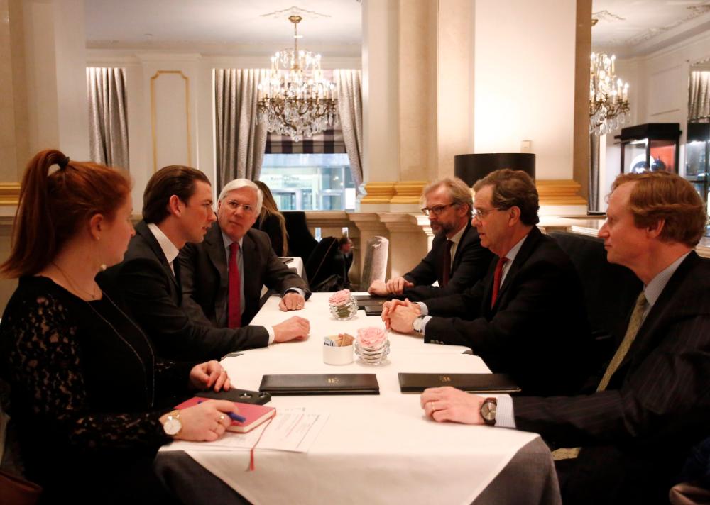 Foreign Minister Kurz meets David Harris. Photo: Dragan Tatic.