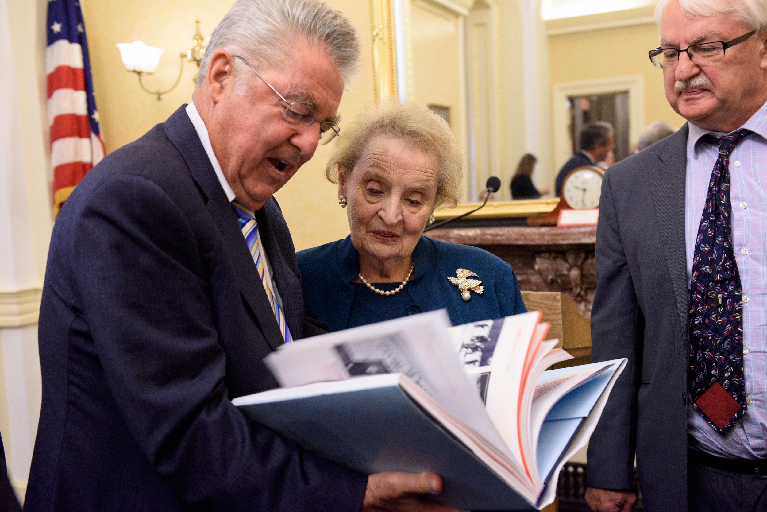 Heinz Fischer,Madeleine Albright, Guenter Bischof (c)Kaveh Sardari Photography