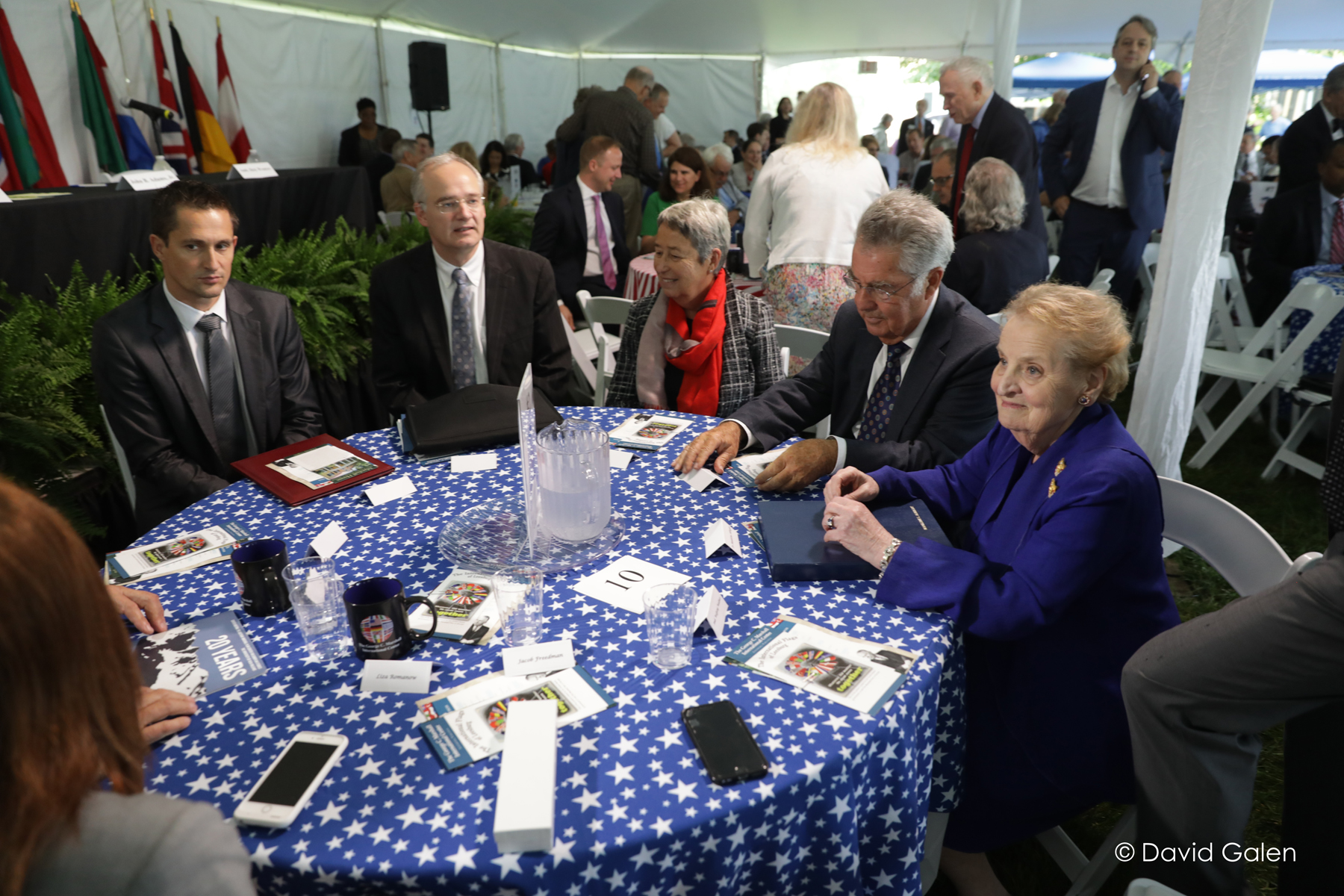 Albright's table2623 Marshall 70th (c) 2017 David Galen.jpg