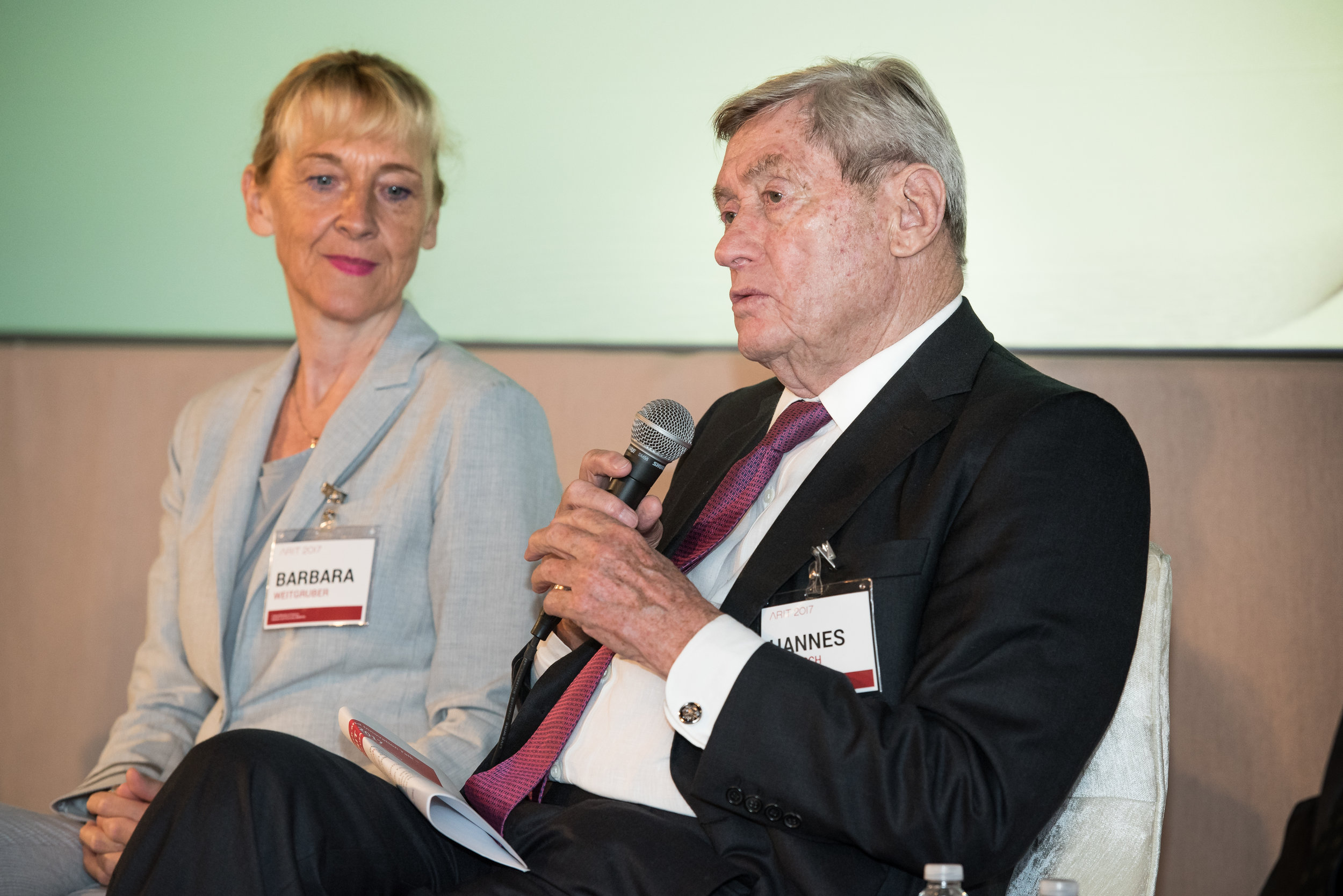 from left: Barbara Weitgruber,Director General for Scientific Research and International Relations at the Austrian Federal Ministry of Science, Research and Economy, and Hannes Androsch, Chairman of the Austrian Council for Research and Technology Development