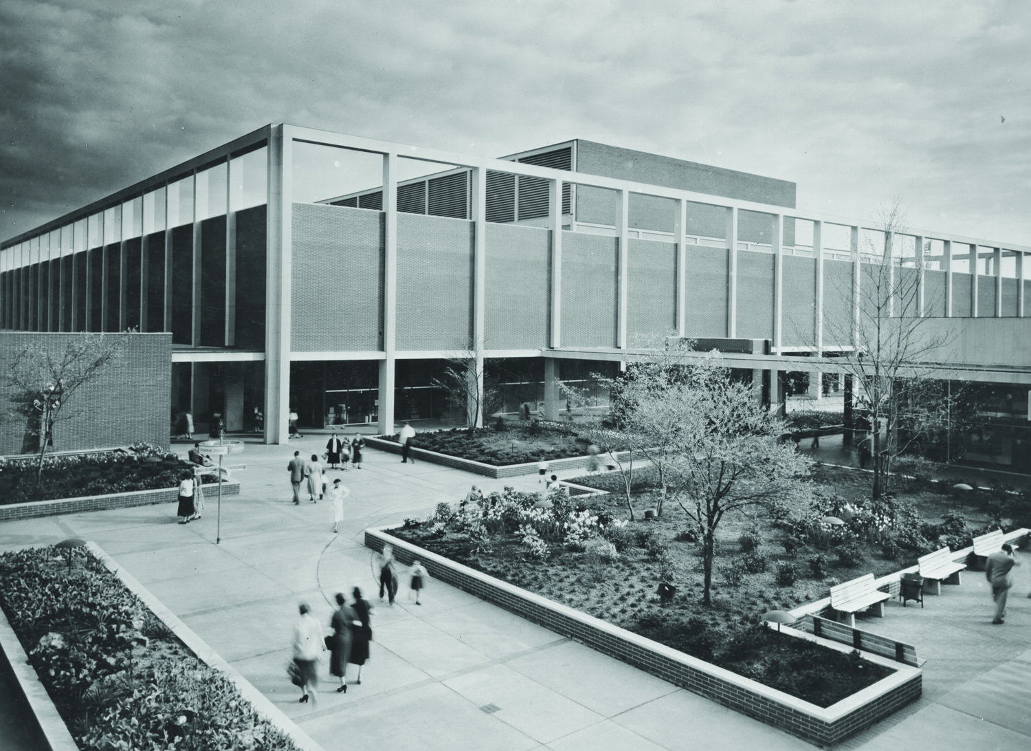 Victor Gruen.Northland Shopping Center,Outside Detroit, Michigan. Victor Gruen Collection, American Heritage Center, University of Wyoming.
