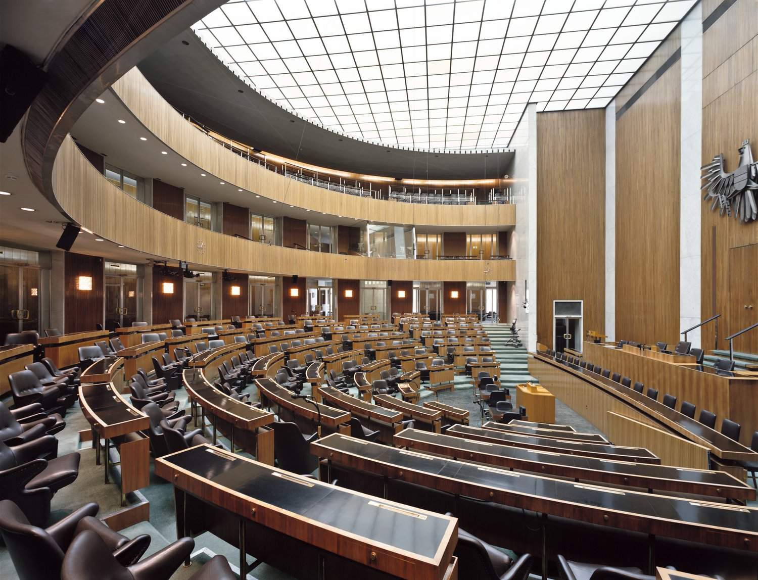 The Plenary Hall of the National Council Today. Parlamentsdirektion/ Stefan Olah