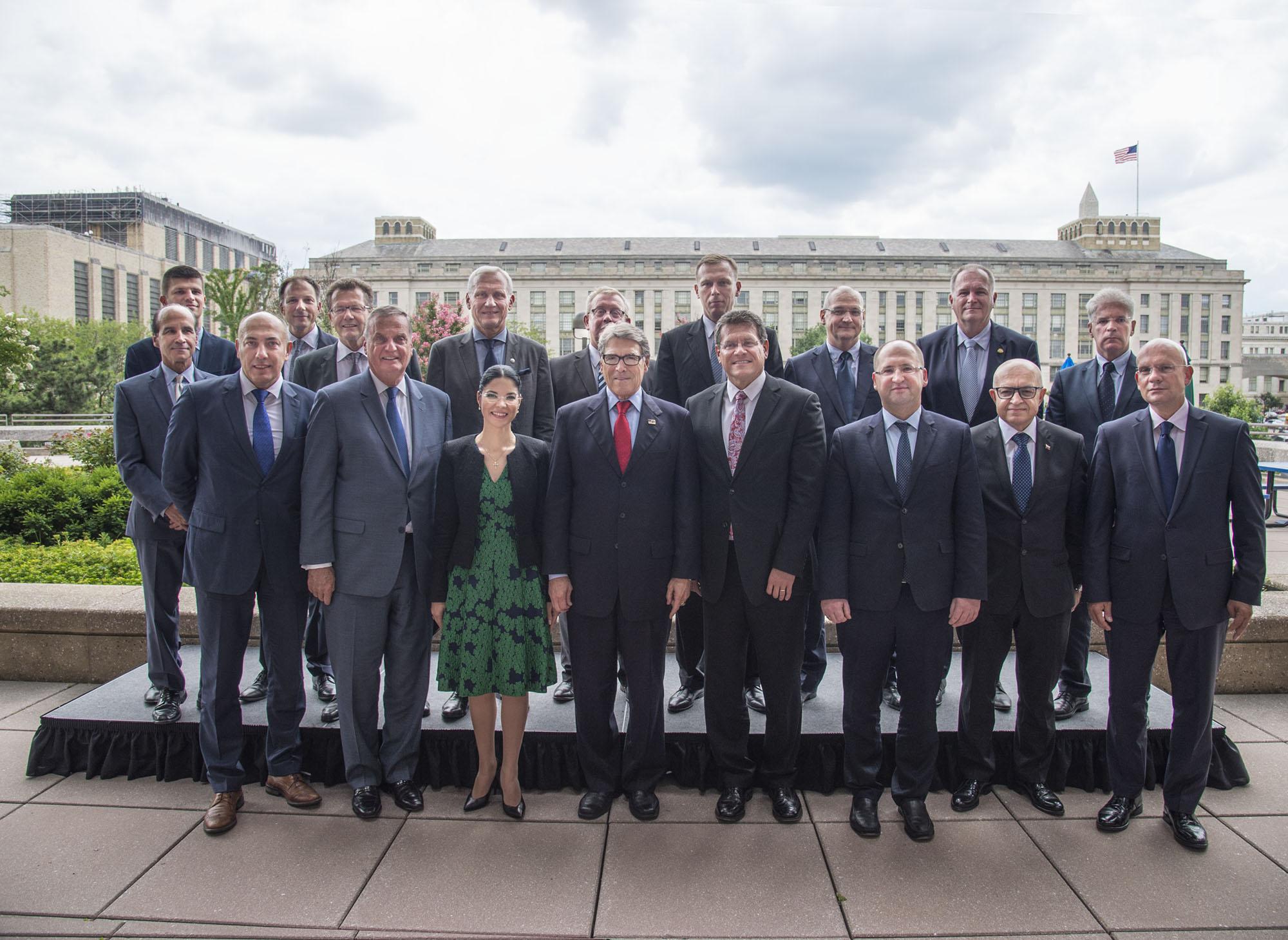 Secretary Rick Perry (center) with members of the  Three Seas Initiative .