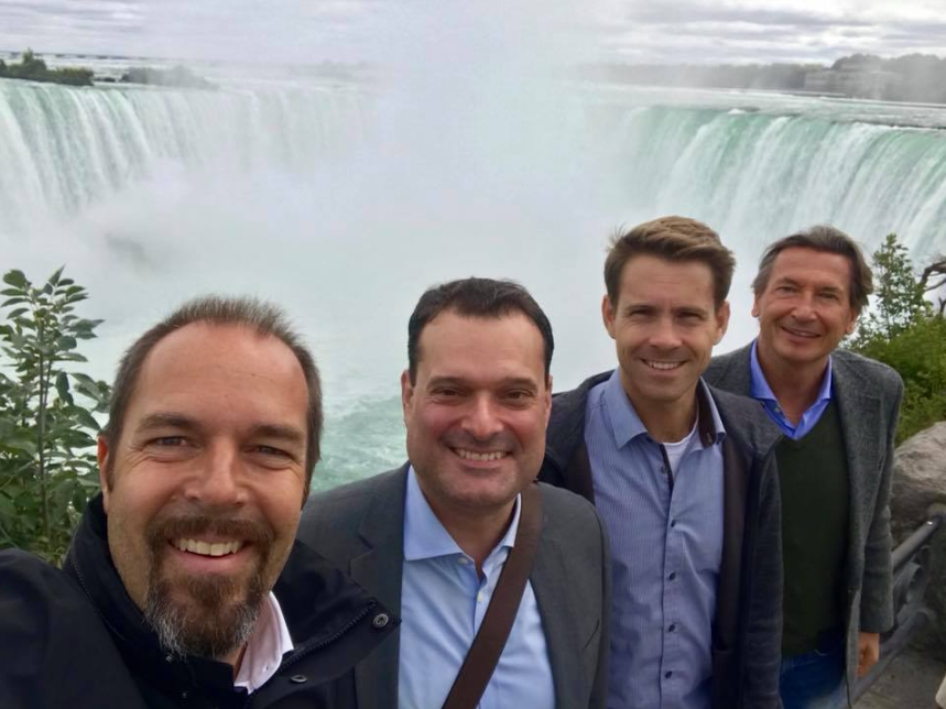 The Austrian Trade Commissioners of the U.S. and Canada at the Niagara Falls on September 22, Photo: Jürgen Roth