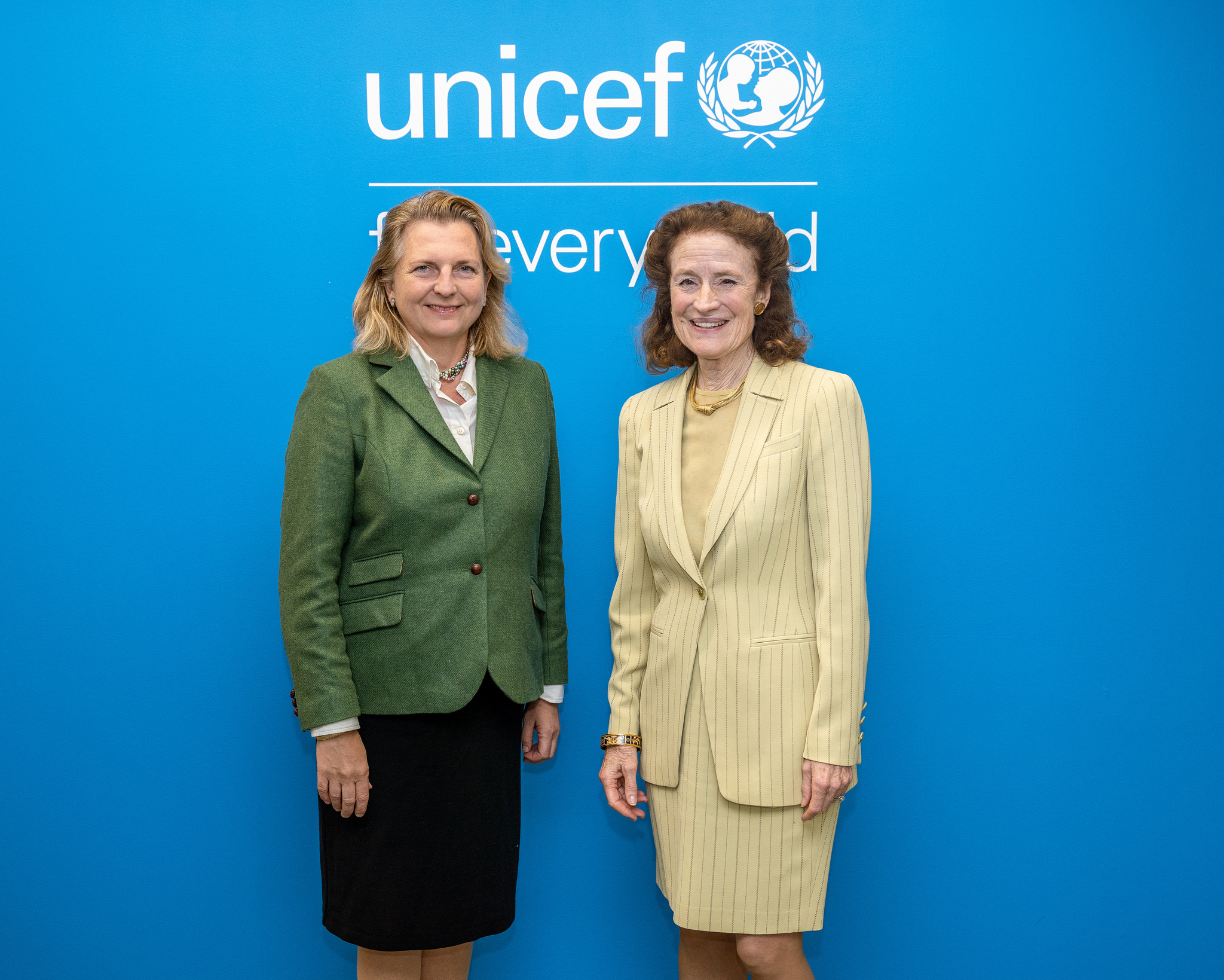 Foreign Minister Karin Kneissl meets with Executive Director of the United Nations Children's Fund, Henrietta Fore (c) Austrian Ministry of Foreign Affairs