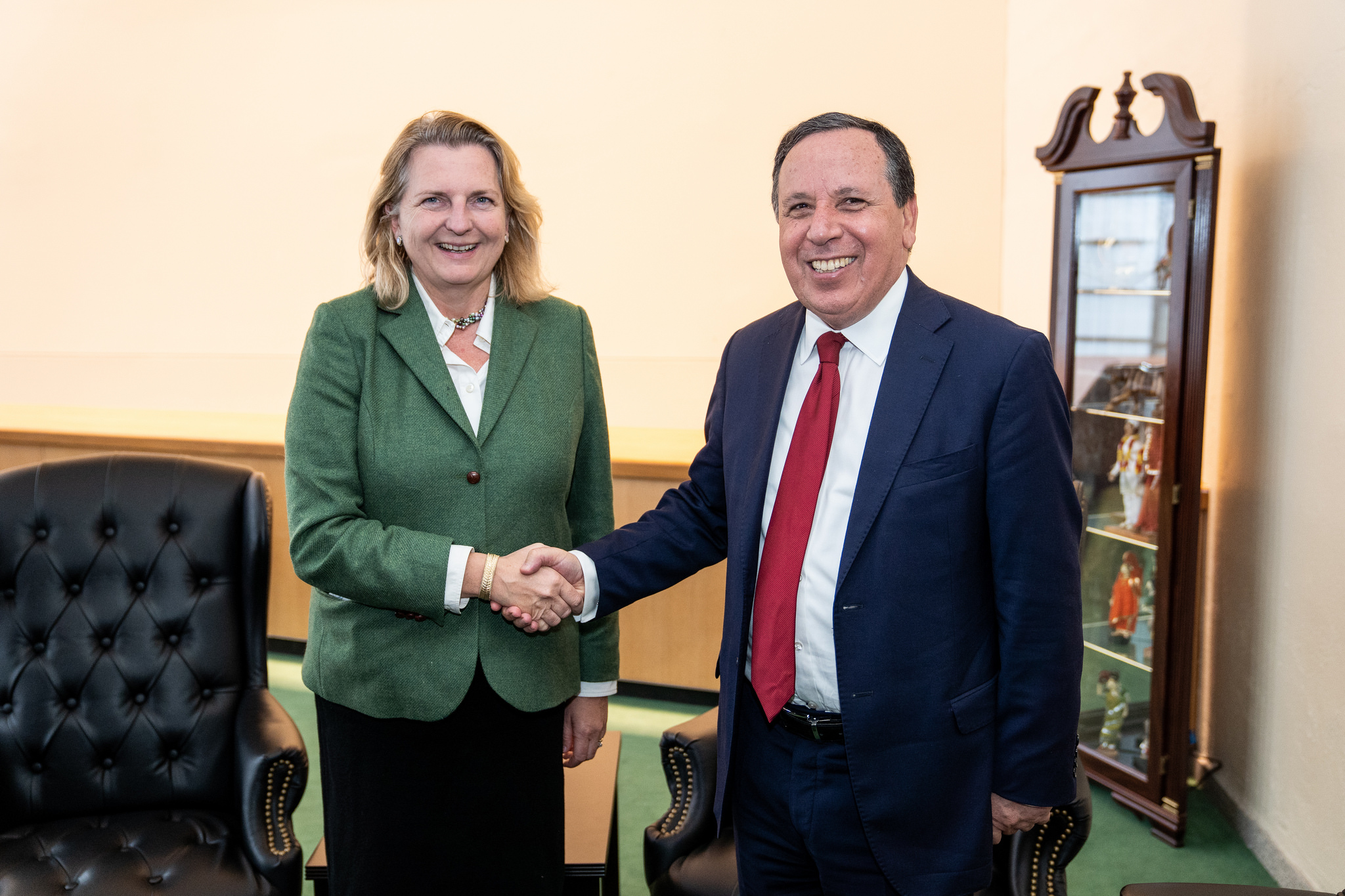 Foreign Minister Karin Kneissl meeting with her counterpart from Tunisia, Khemaies Jhinaoui (c) Austrian Ministry of Foreign Affairs