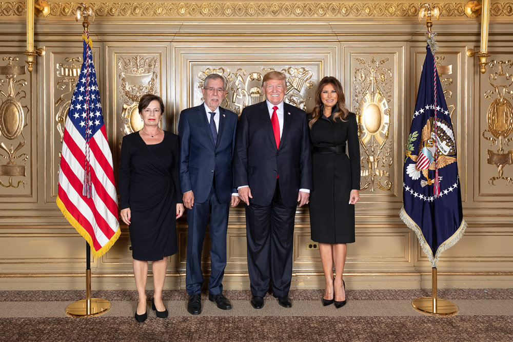 President Donald J. Trump and First Lady Melania Trump stand with His Excellency Alexander van der Bellen, Federal President of Austria, and First Lady of Austria Doris Schmidauer during a photo opportunity prior to the Diplomatic Reception Monday, Sept. 24, 2018, at the Lotte New York Palace in New York. (Official White House Photo by Andrea Hanks)