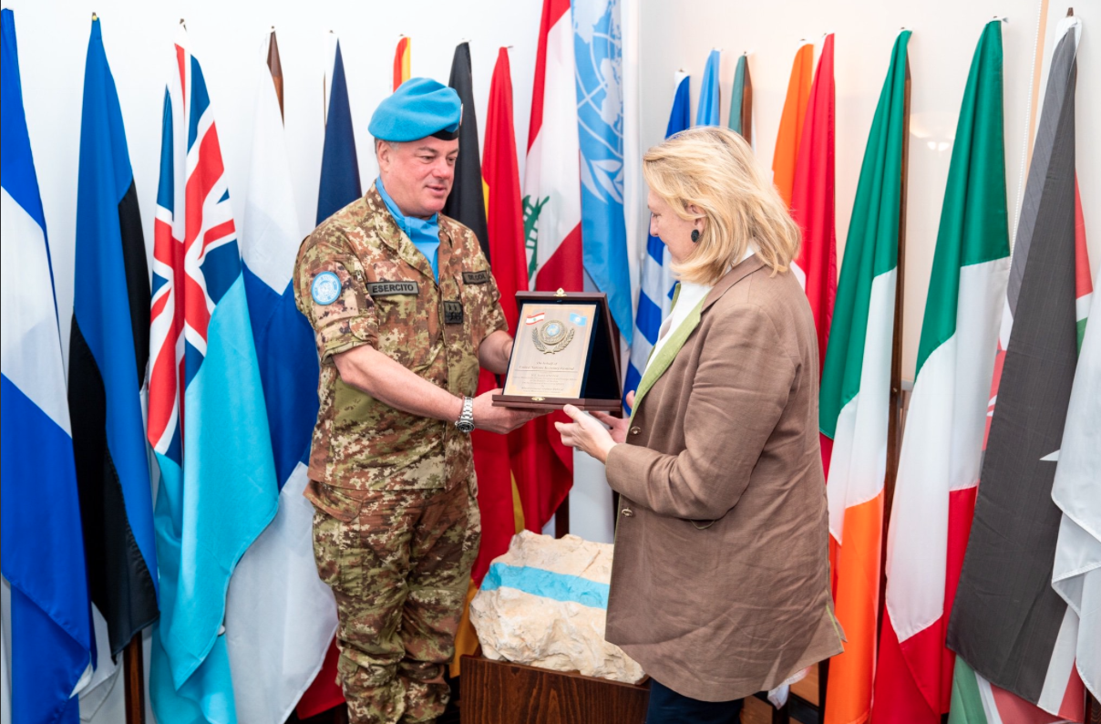 UNIFIL Chief Stefano Del Co extends the mission's appreciation for the support of the Austrian government to Foreign Minister Karin Kneissl