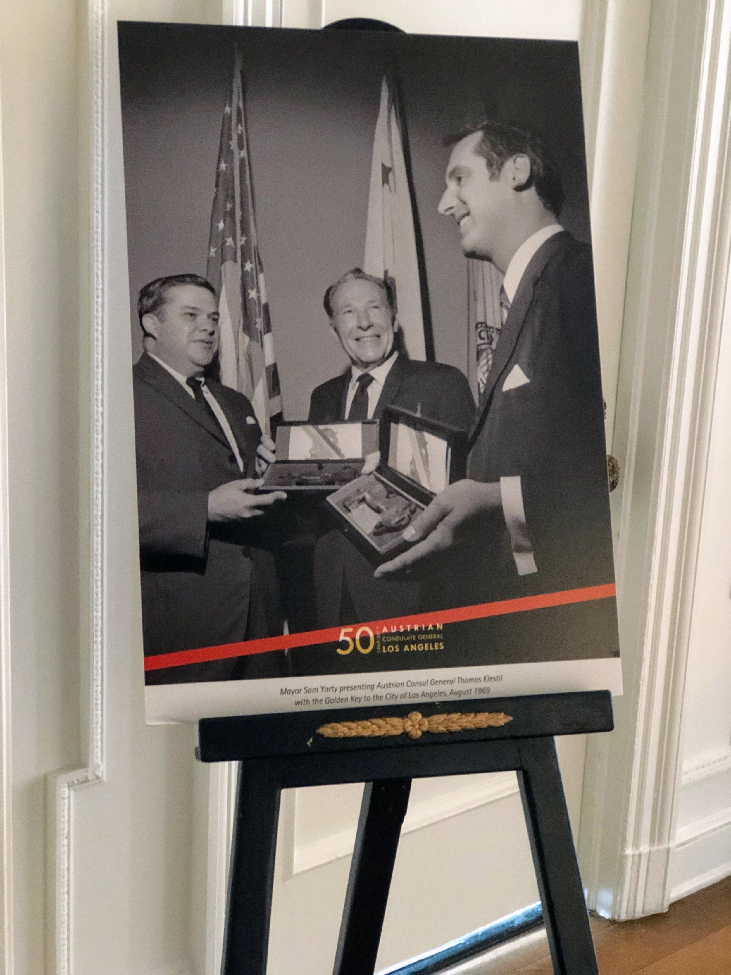 #throwback to August 1969: Sam Yorty, Mayor of Los Angeles presents Consul General of Austria Thomas Klestil with the Golden Key of the City of Los Angeles