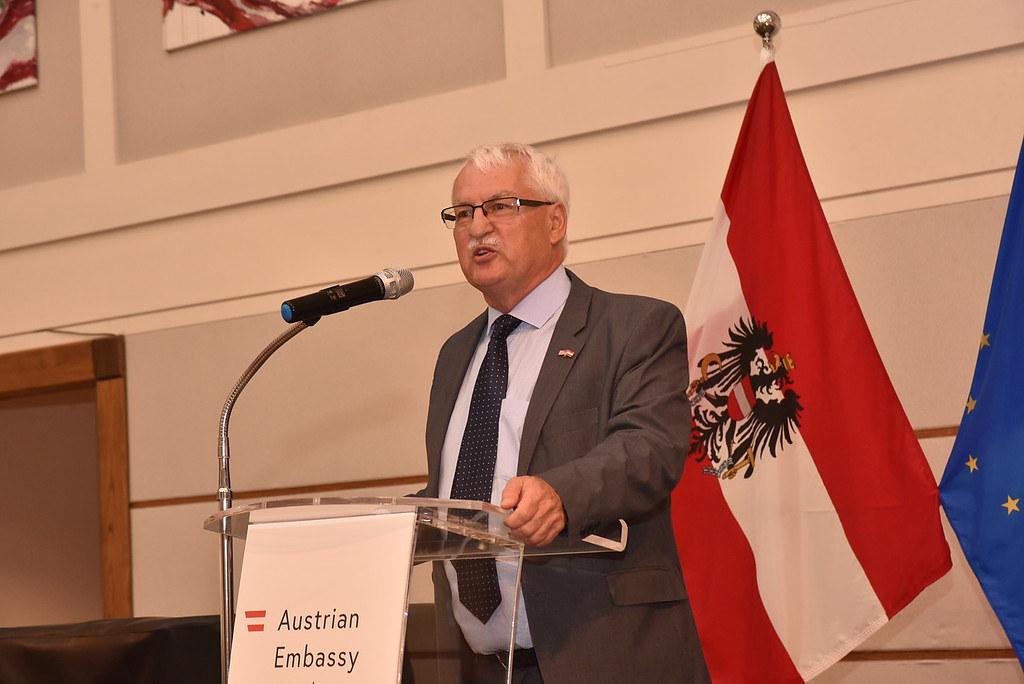 Professor Günter Bischof   Photo: Peter Alunans