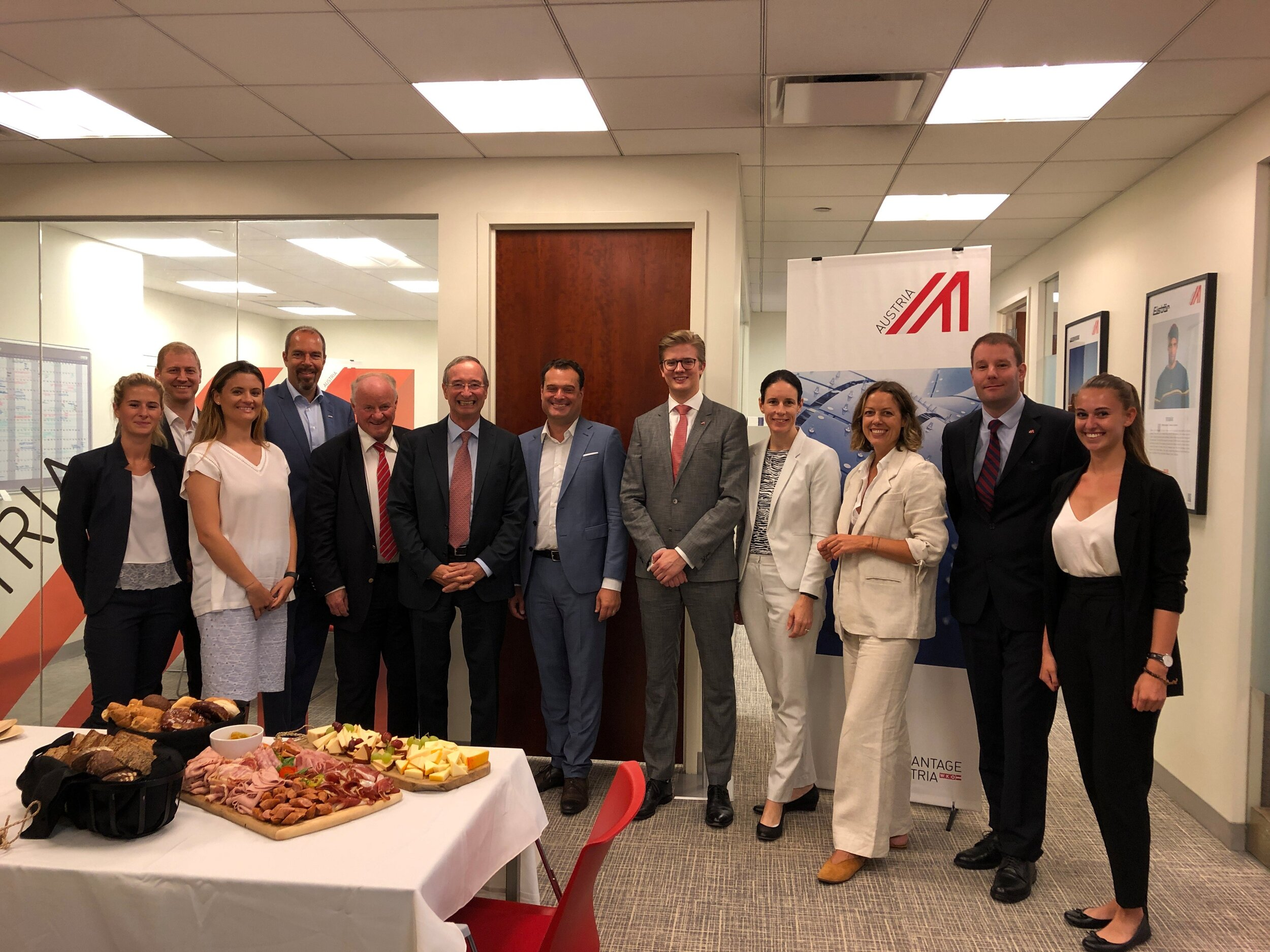 The team of the Austrian Trade Commission in New York welcome EUROCHAMBRES President Christoph Leitl (pictured sixth from left next to Michael Friedl, the Austrian Trade Commissioner in New York) (c)  https://twitter.com/Austria_in_US