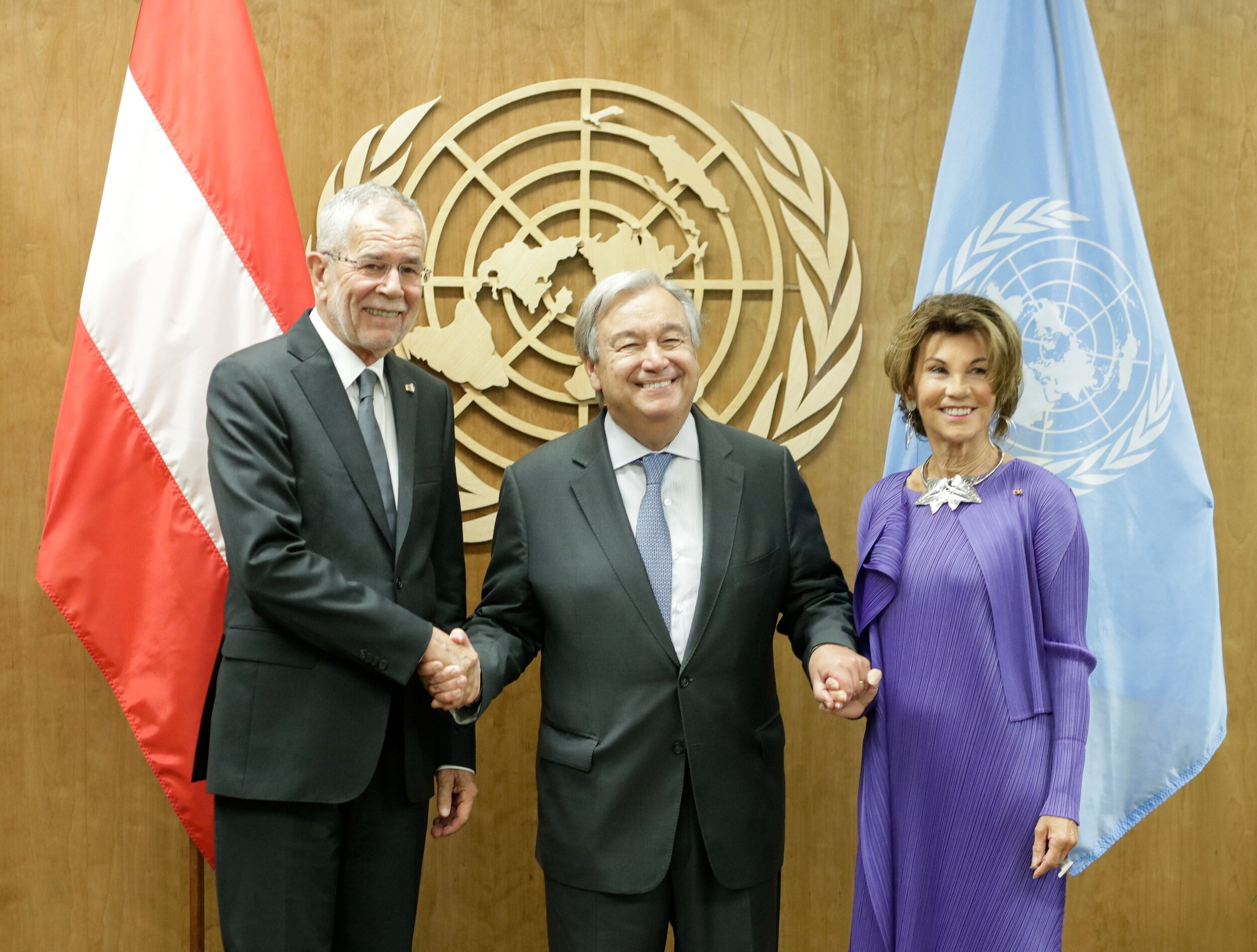On September 22, 2019, Federal President Alexander Van der Bellen (left) and Federal Chancellor Brigitte Bierlein (right) meet with UN Secretary General António Guterres (center) in New York City on the occasion of the 74th UN General Assembly.   Photo: Austrian Federal Chancellery/ Andy Wenzel