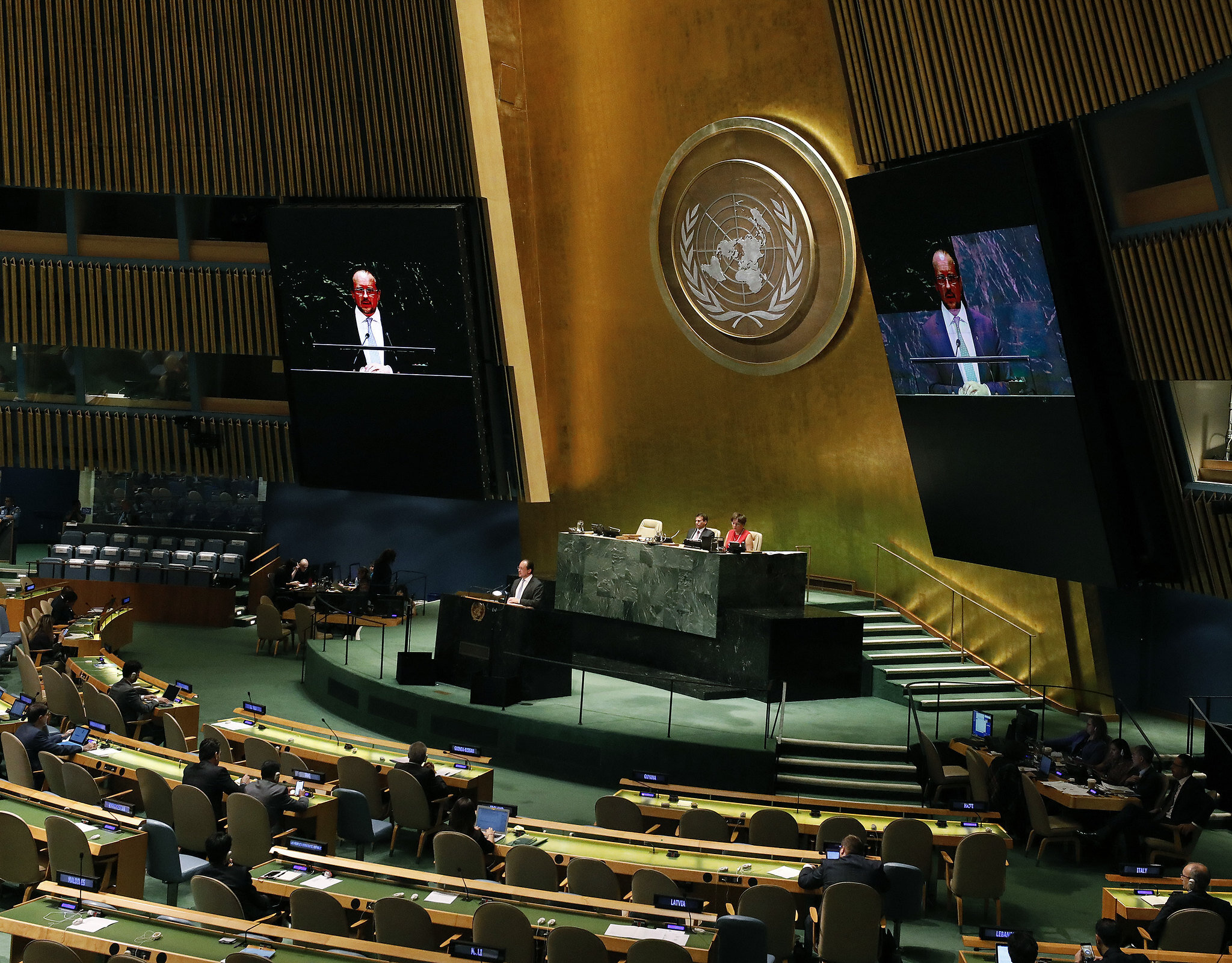 Federal Minister for Foreign Affairs Alexander Schallenberg addresses the 74th UN General Assembly.   Photo: Dragan Tatic.