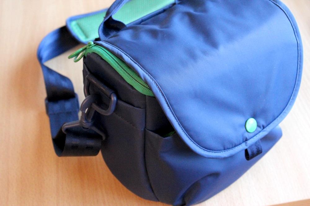 Hellolulu Avis DSLR Camera Bag.jpg