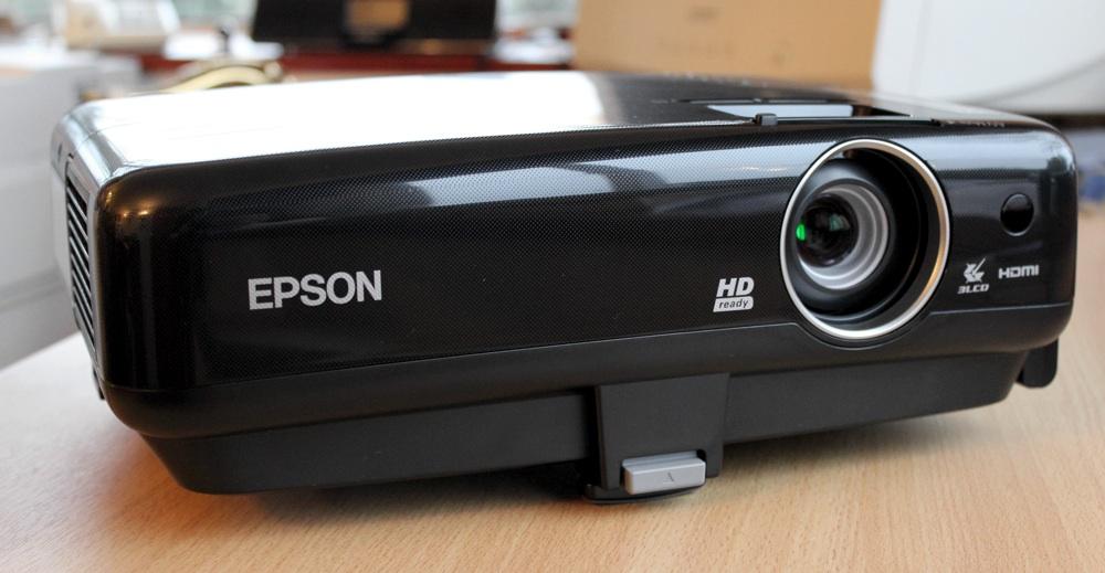 Epson MegaPlex MG-850HD Projector.jpg
