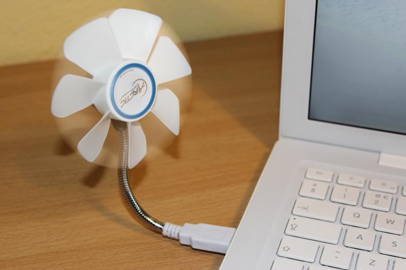 Arctic Breeze Mobile USB Fan.jpg