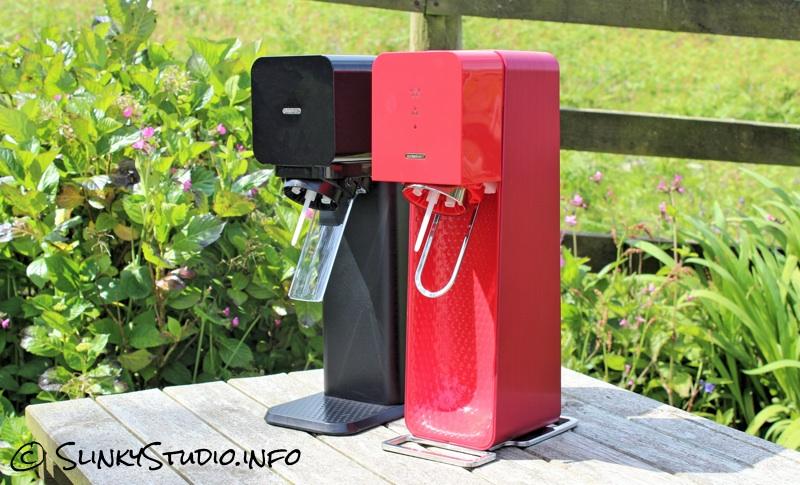 SodaStream Source &: Vs SodaStream Play.jpg