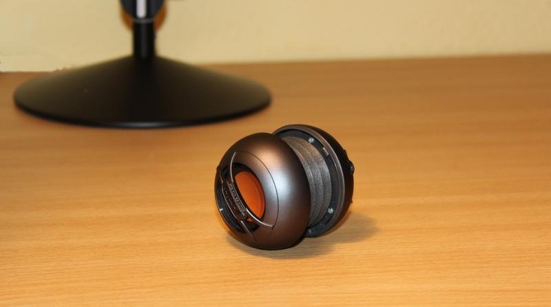 X-mini UNO Capsule Speaker Side View.jpg