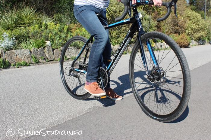 Boardman CX Comp Bike Side View.jpg