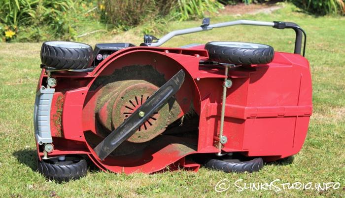 Einhell Power X-Change GE-CM Cordless Lawnmower Blade.jpg