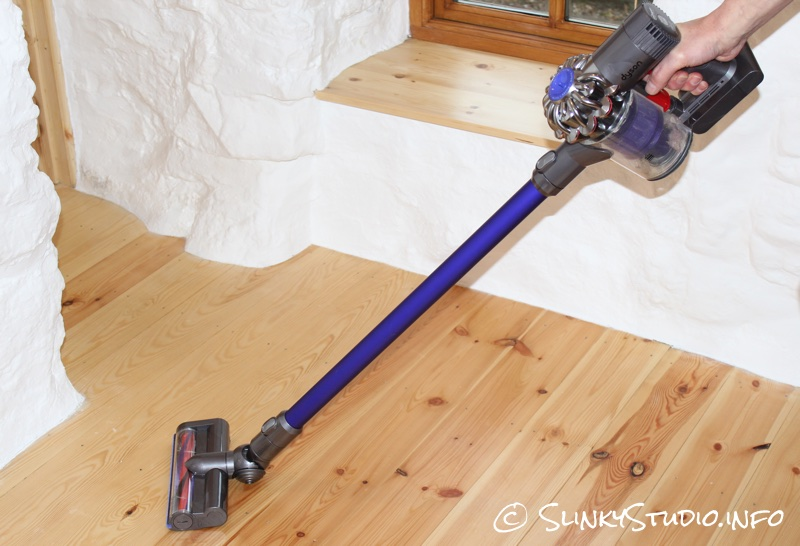 Dyson DC59 Animal Cleaning Wooden Floor.jpg