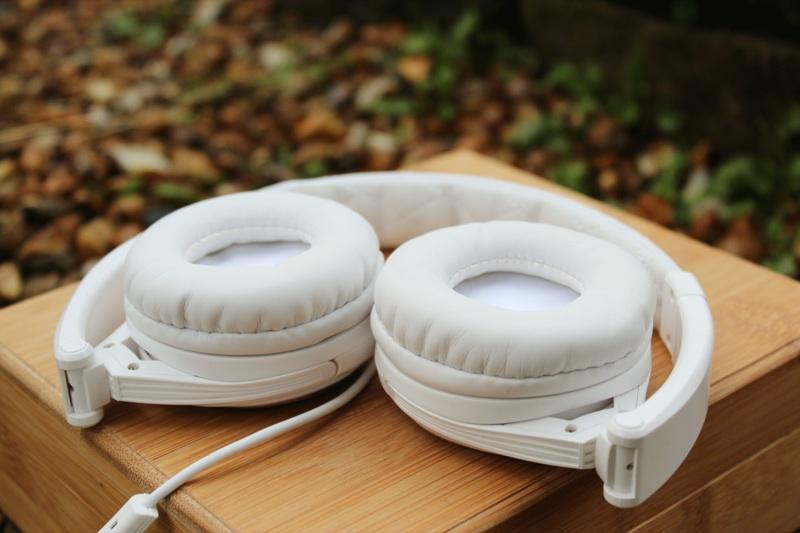 BigR Audio Madison Avenue Headphones Cups Inside.jpg