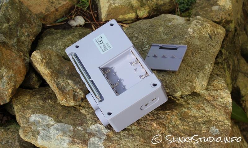 John Lewis Spectrum DAB Radio Battery Compartment.jpg