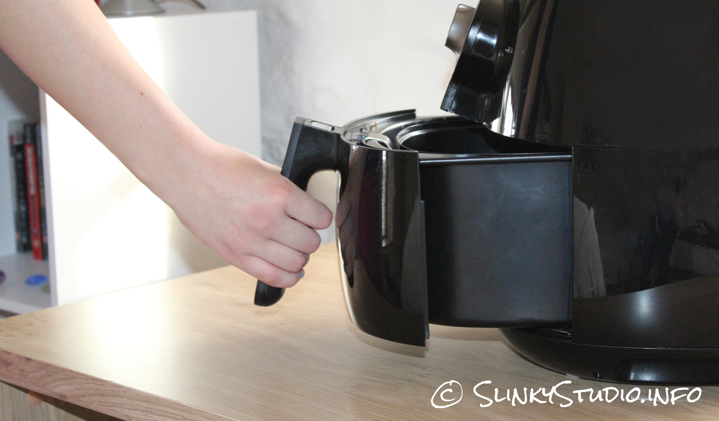 Philips Viva Airfryer Black Basket Being Removed