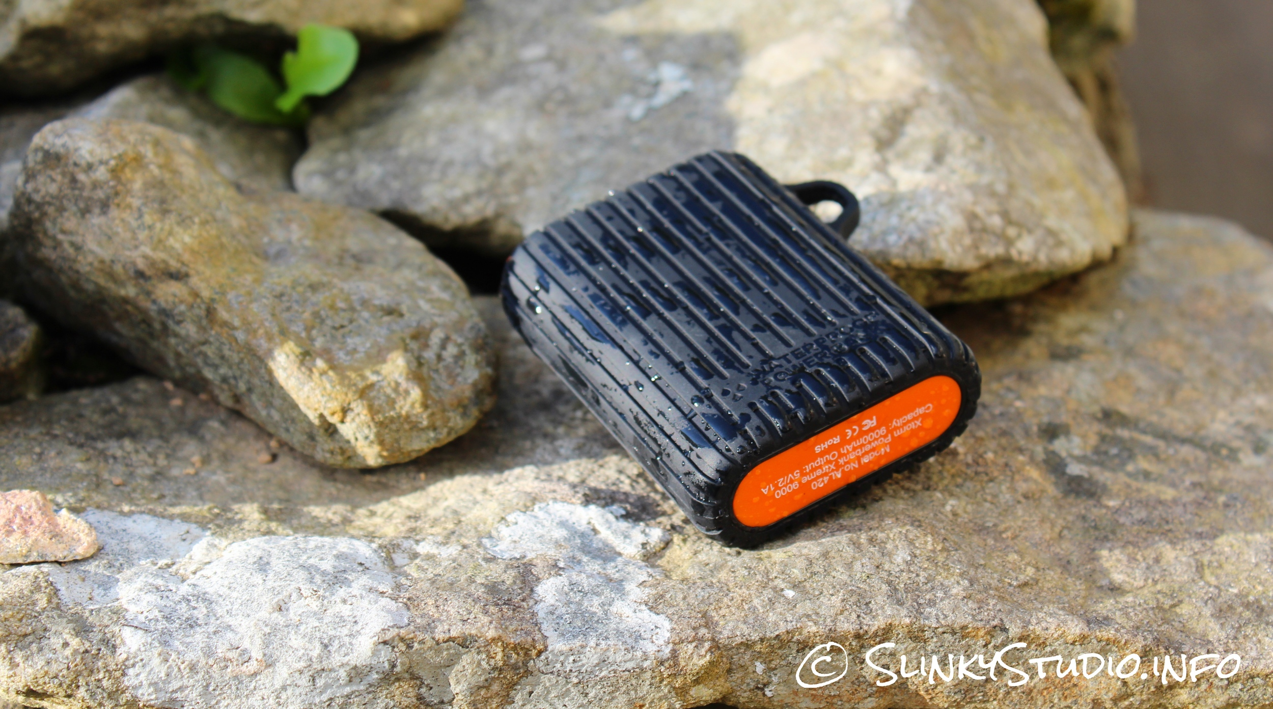 Xtorm Waterproof Power Bank Xtreme 9000 Back View
