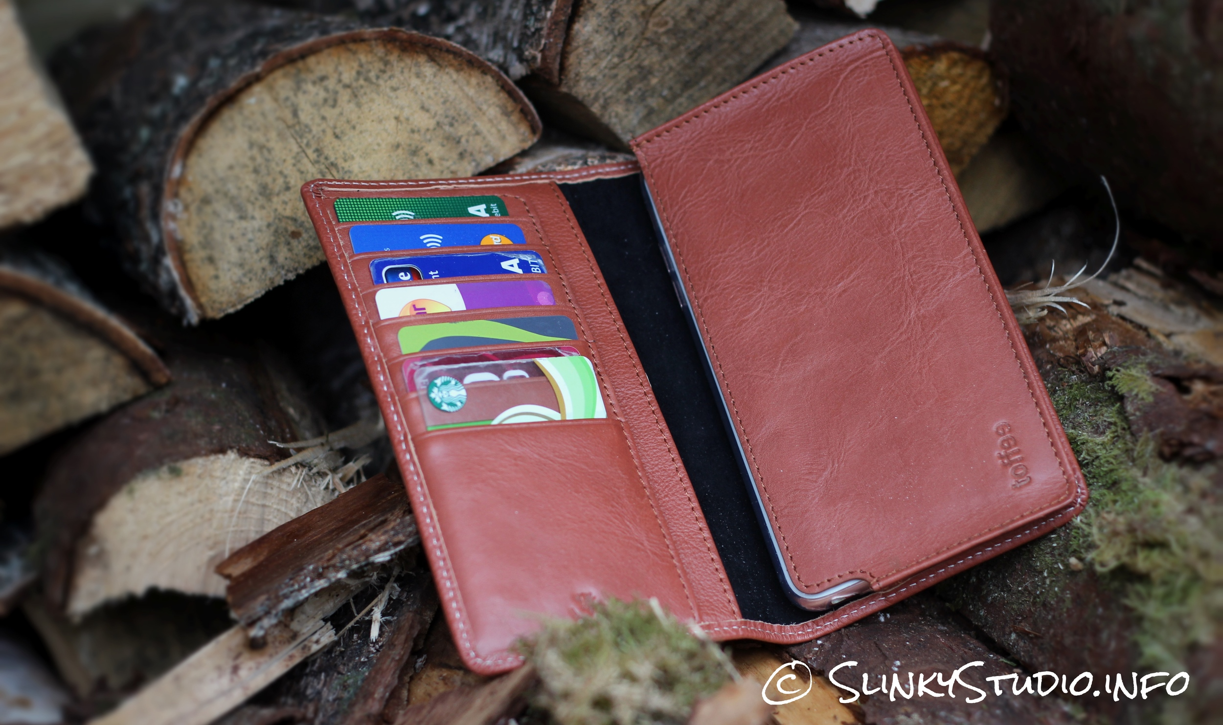 Toffee Sleeve Wallet Case for iPhone 6/6s Plus on logs