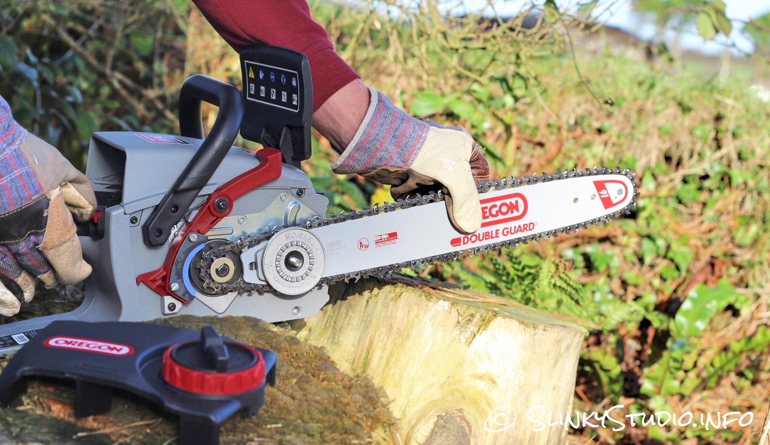 Oregon CS300 PowerNow Cordless Chainsaw Installing Chain.jpg