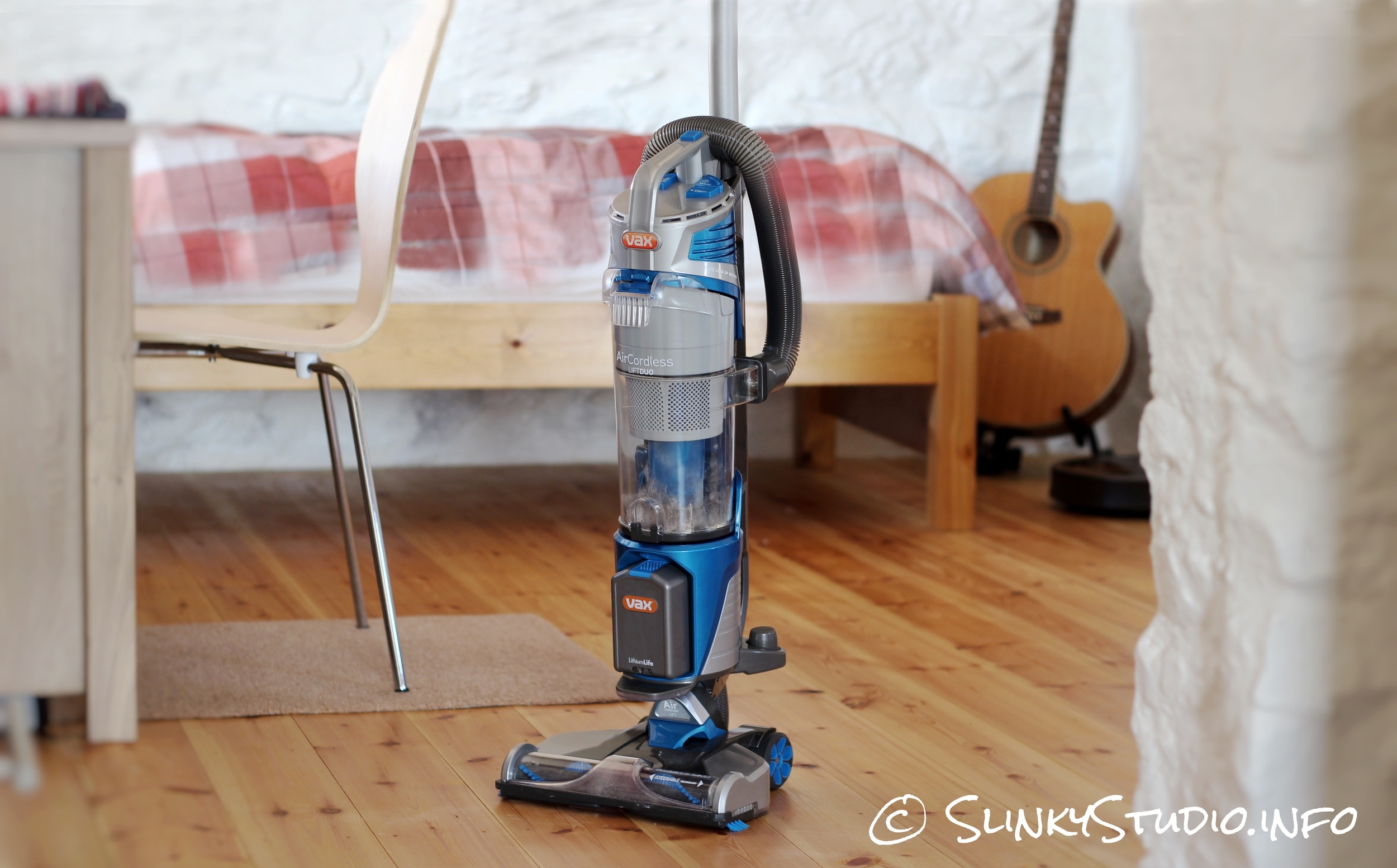 Vax Air Cordless Lift Cleaner.jpg