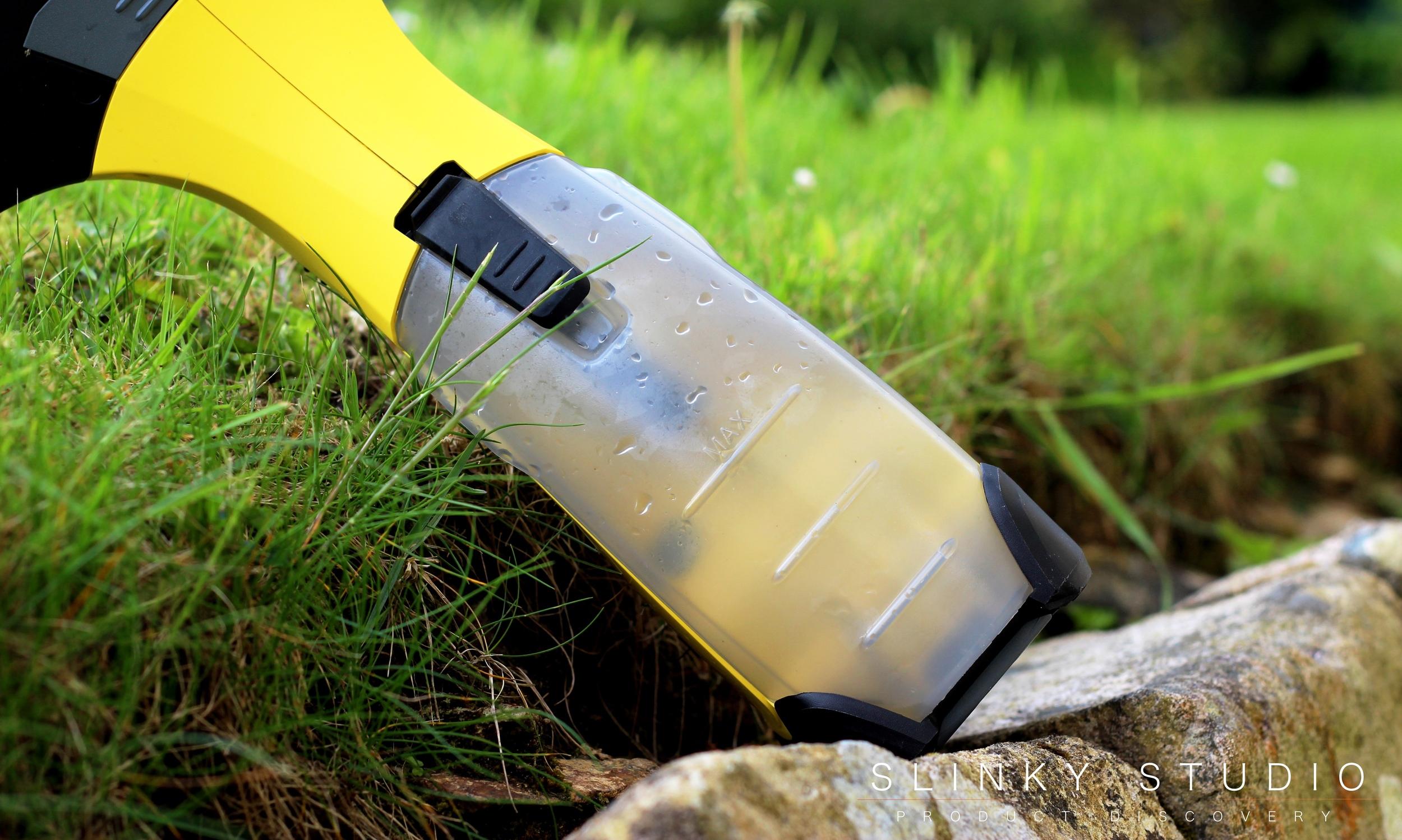 Kärcher WV5 Premium Window Vac Waste Water.jpg