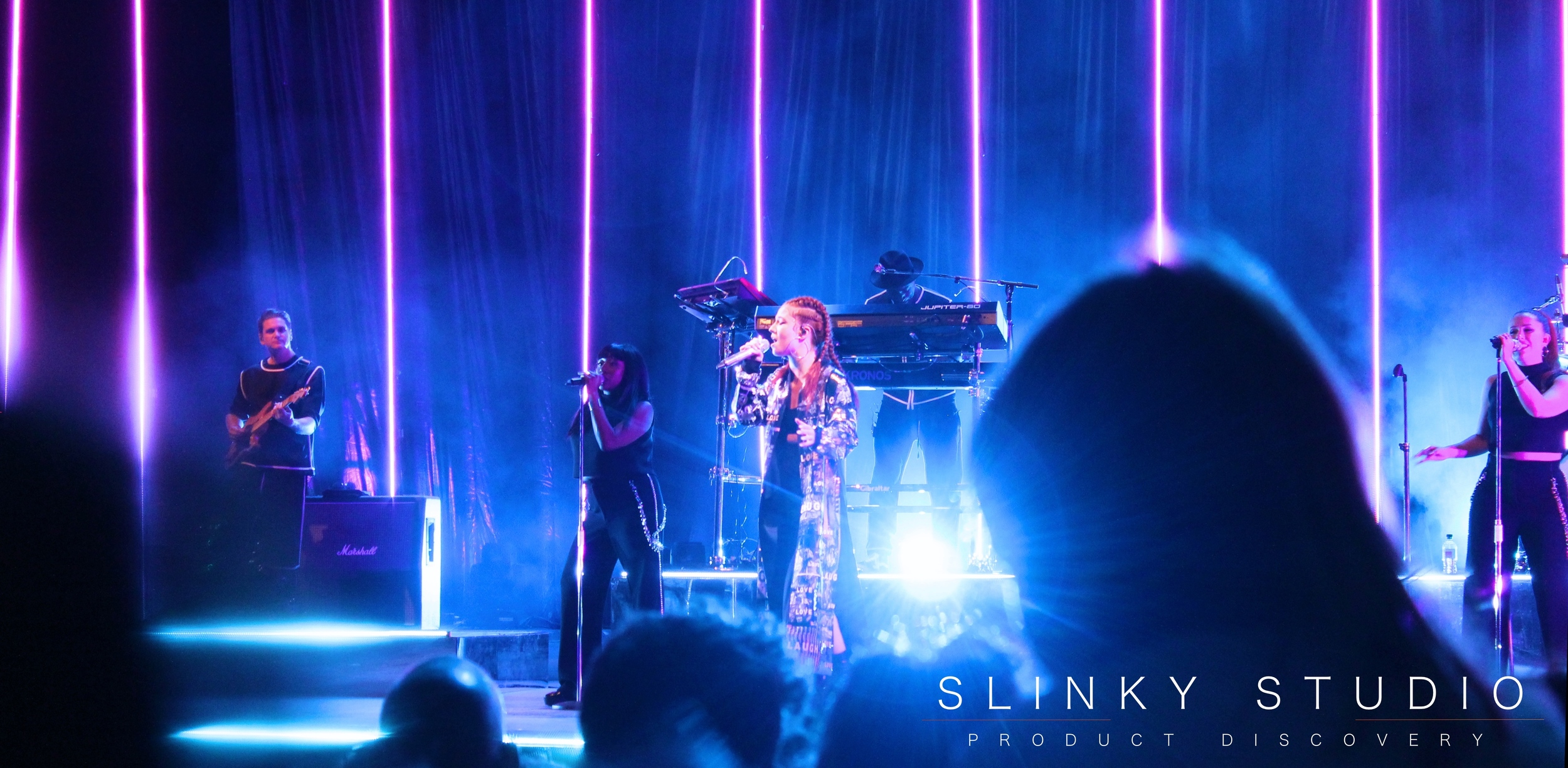 Jess Glynne - Eden Sessions Light Bouncing into Lens from Stage.jpg
