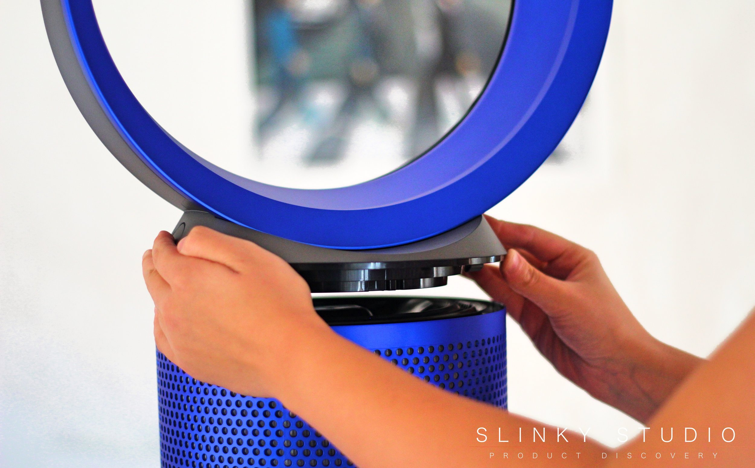 Dyson Pure Cool Link Removing the Circular Head.jpg