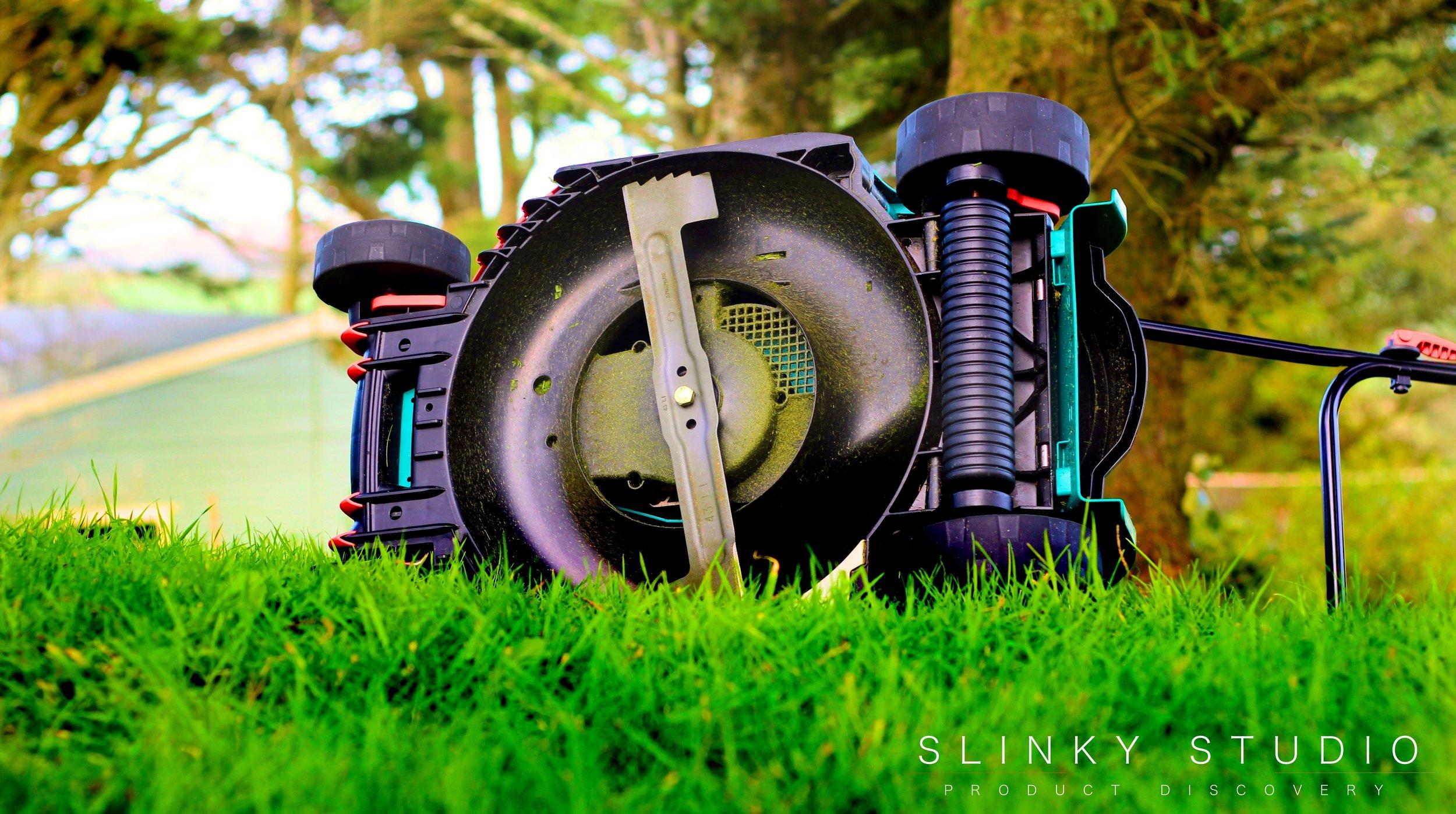 Bosch Rotak 43 LI Ergoflex Cordless Lawnmower Blade.jpg