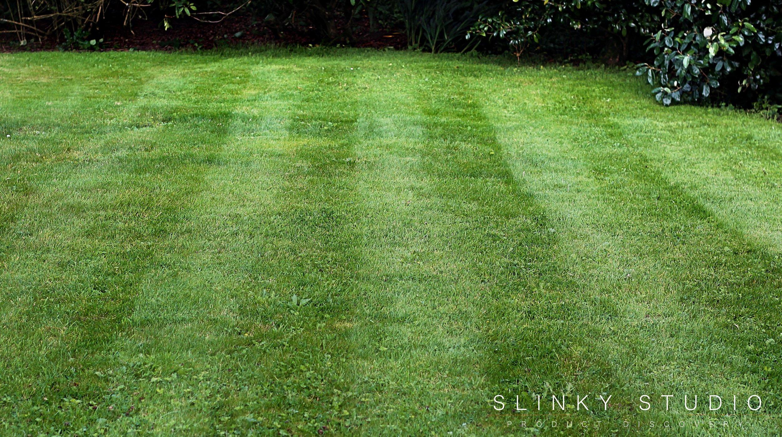 Bosch Rotak 43 LI Ergoflex Cordless Lawnmower Striped Lawn.jpg
