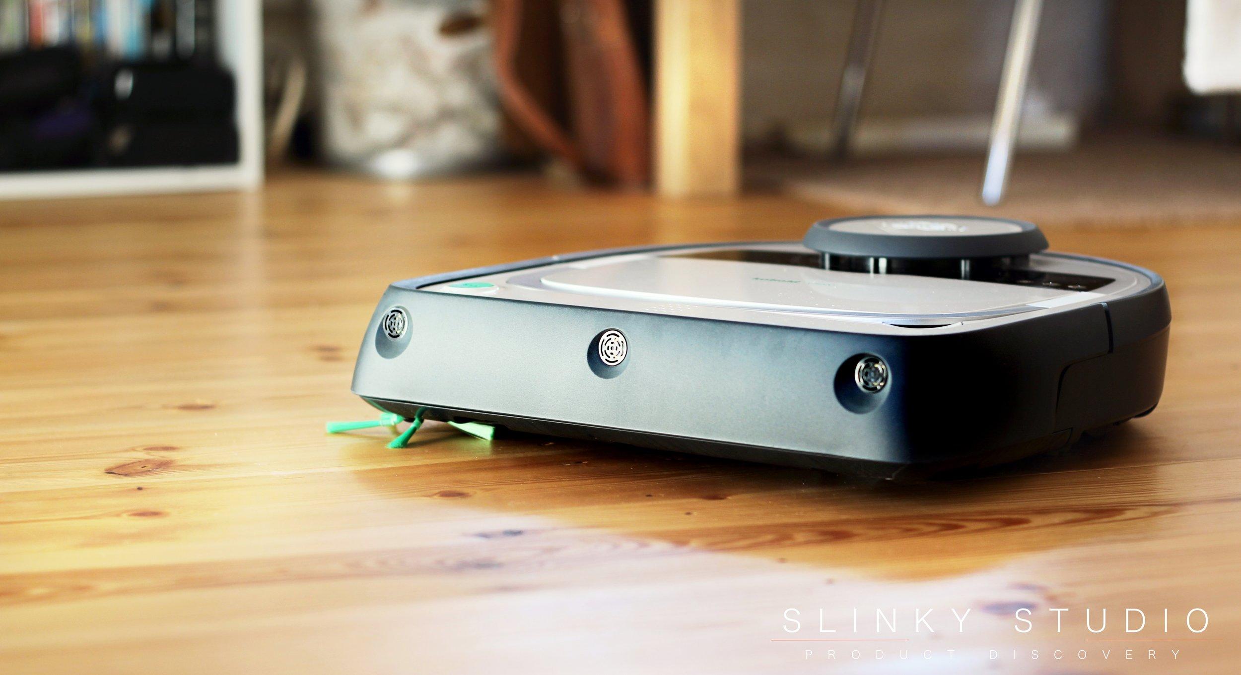 Vorwerk Kobold VR200 Robot Cleaner Front View.jpg