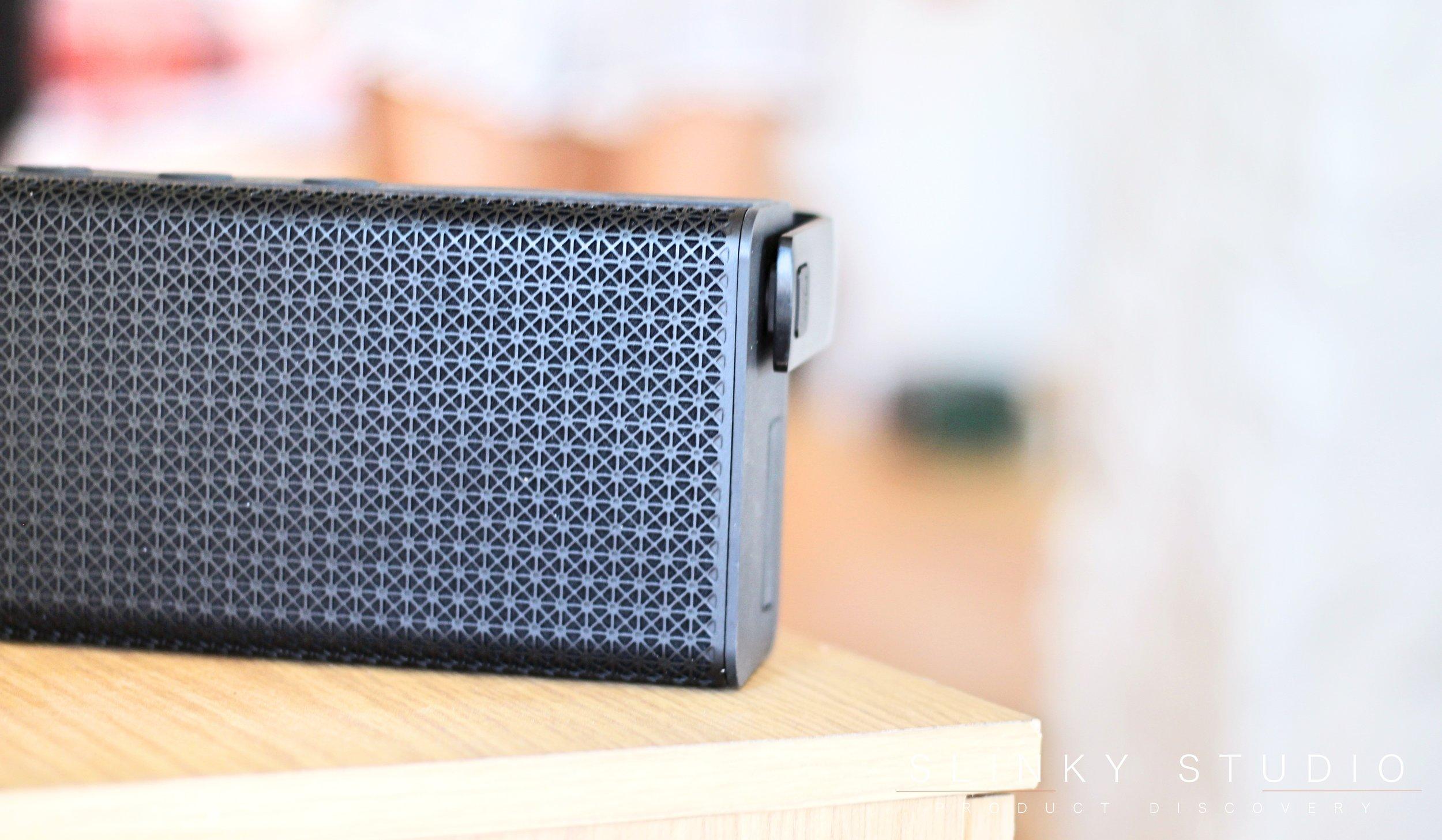 Edifier Rave MP700 Speaker Close Up.jpg