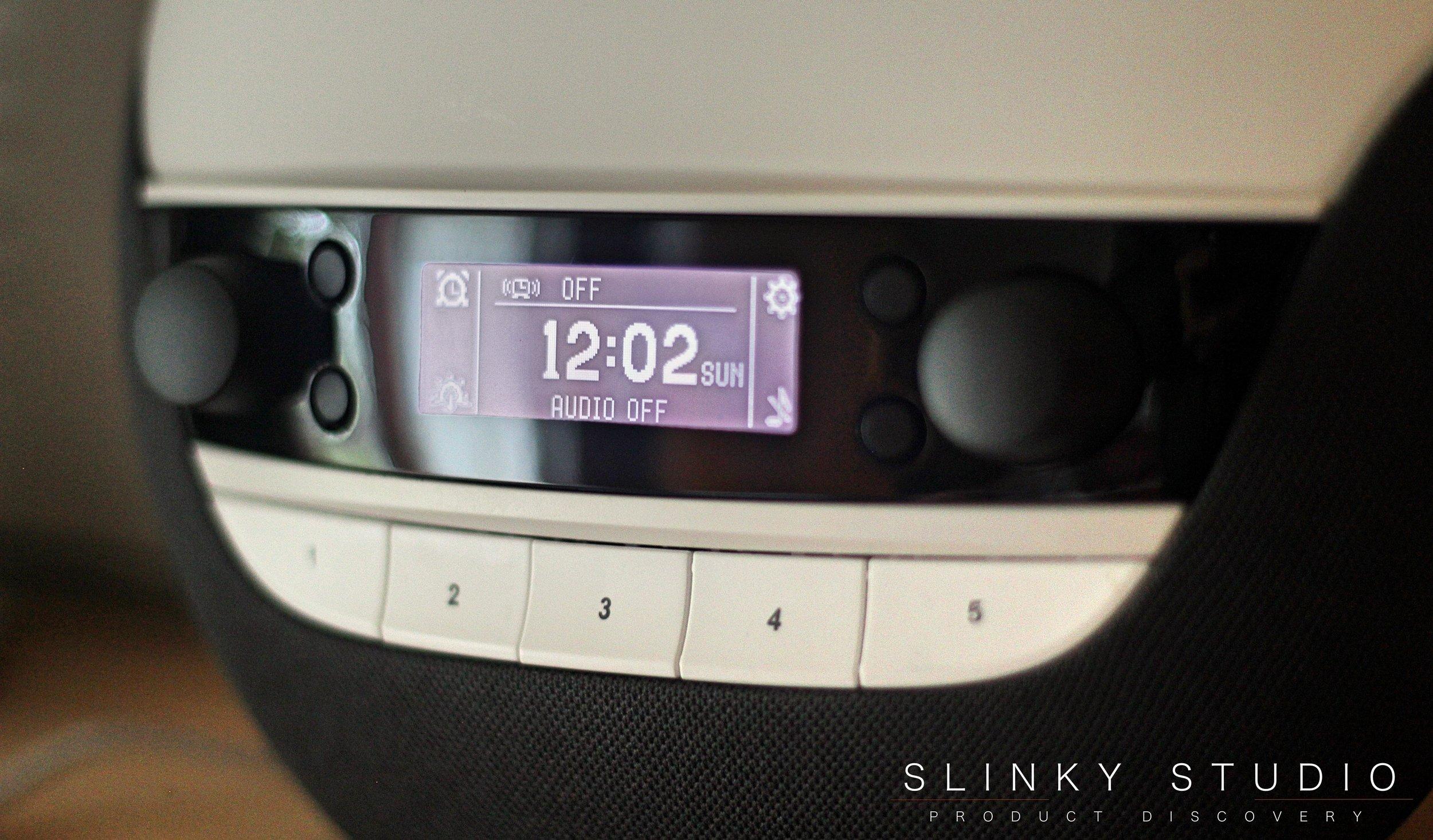 Lumie Bodyclock Luxe 750D Screen & Controls.jpg