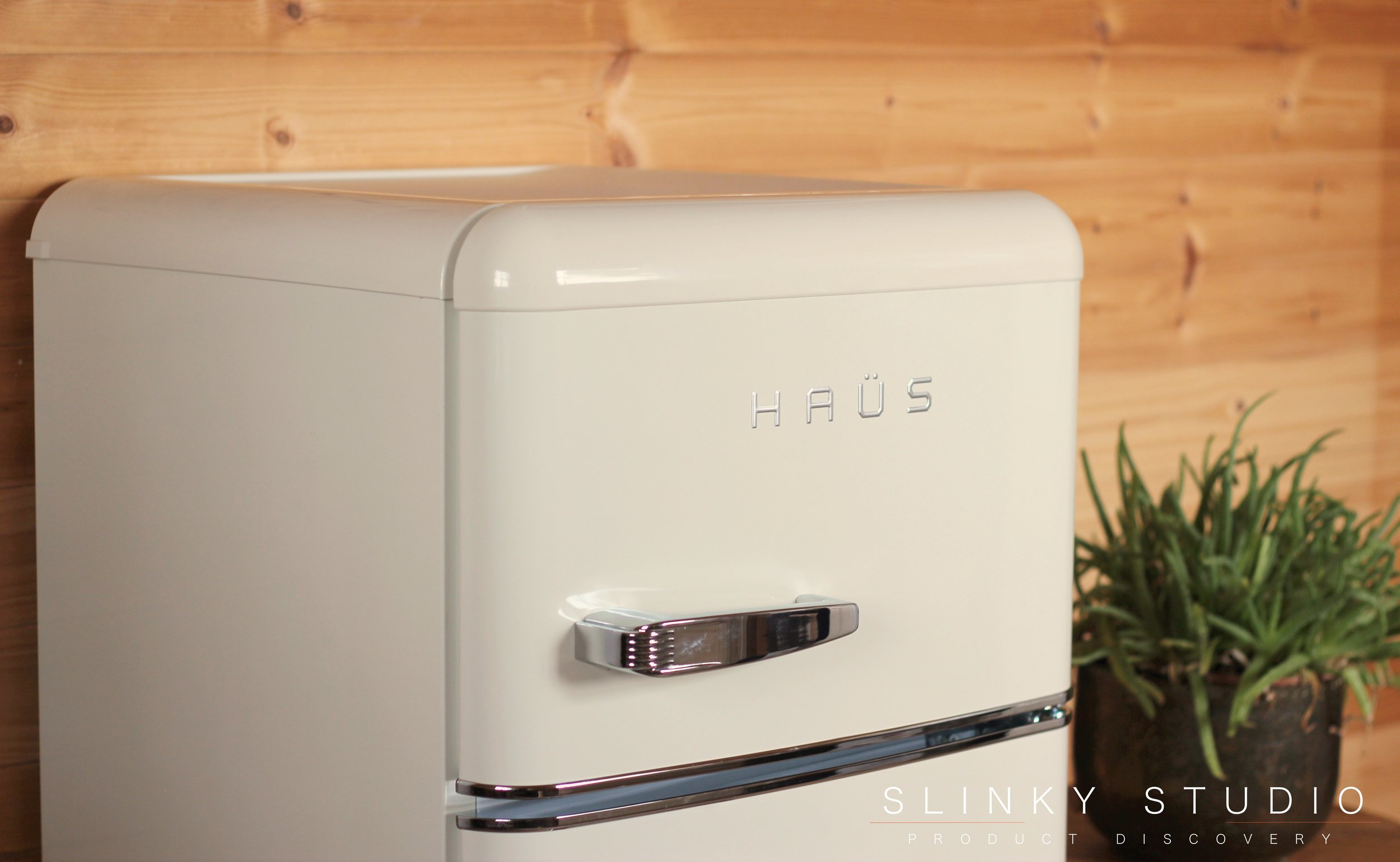 Bauer Haüs Retro Fridge Freezer Side View.jpg
