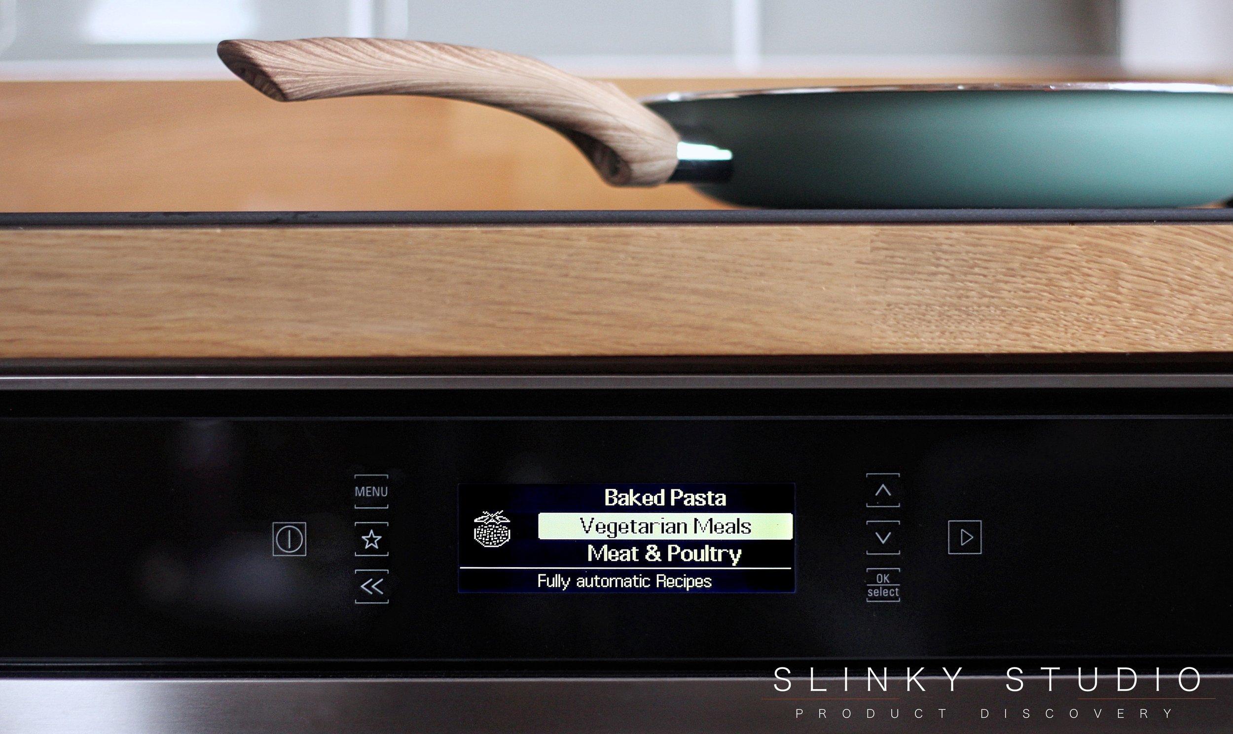Hotpoint Class 9 SI9 891 SP IX Oven Touch Controls Vegetarian Mode.jpg