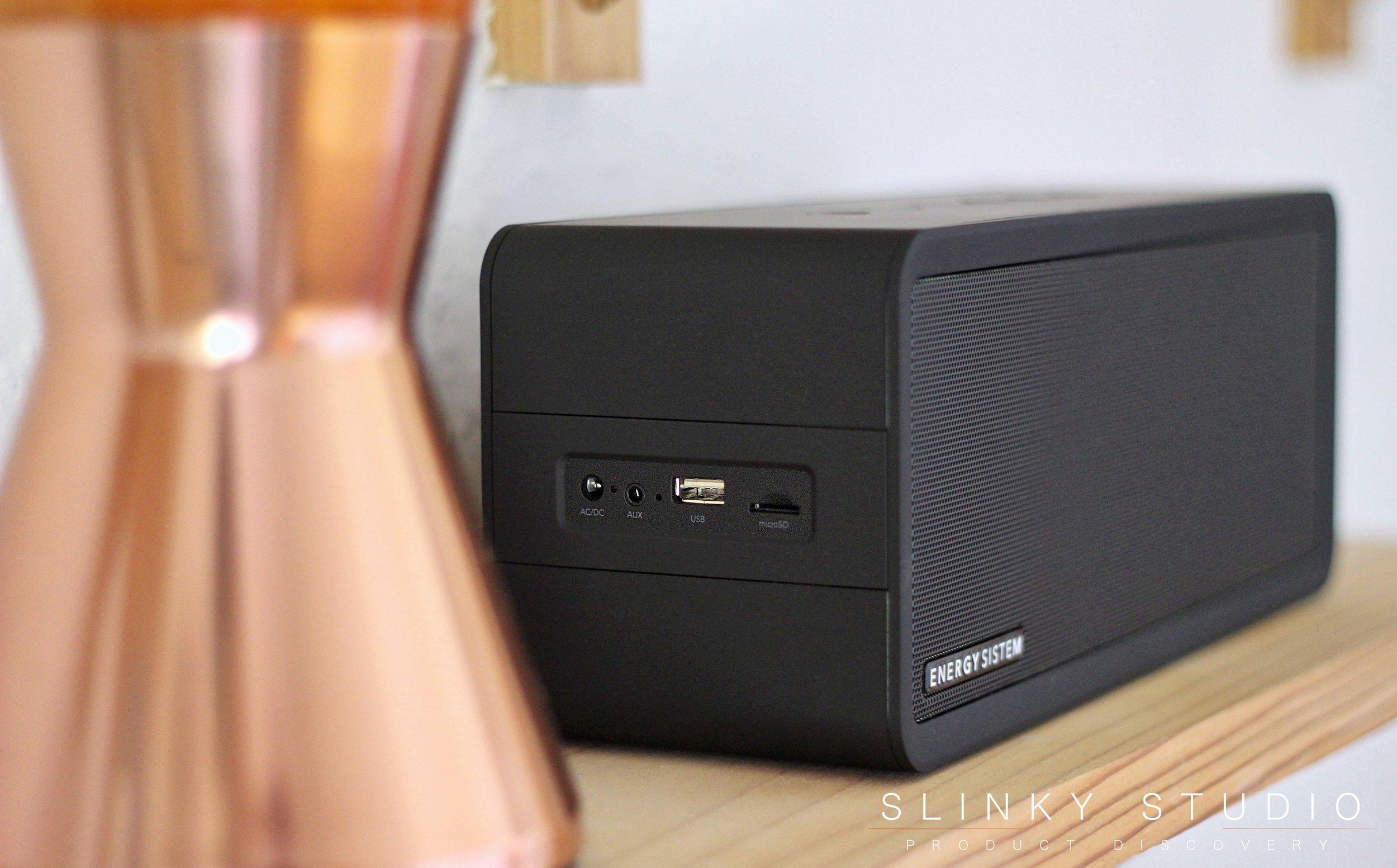 Energy Sistem Music Box 9 I:O Side View.jpg