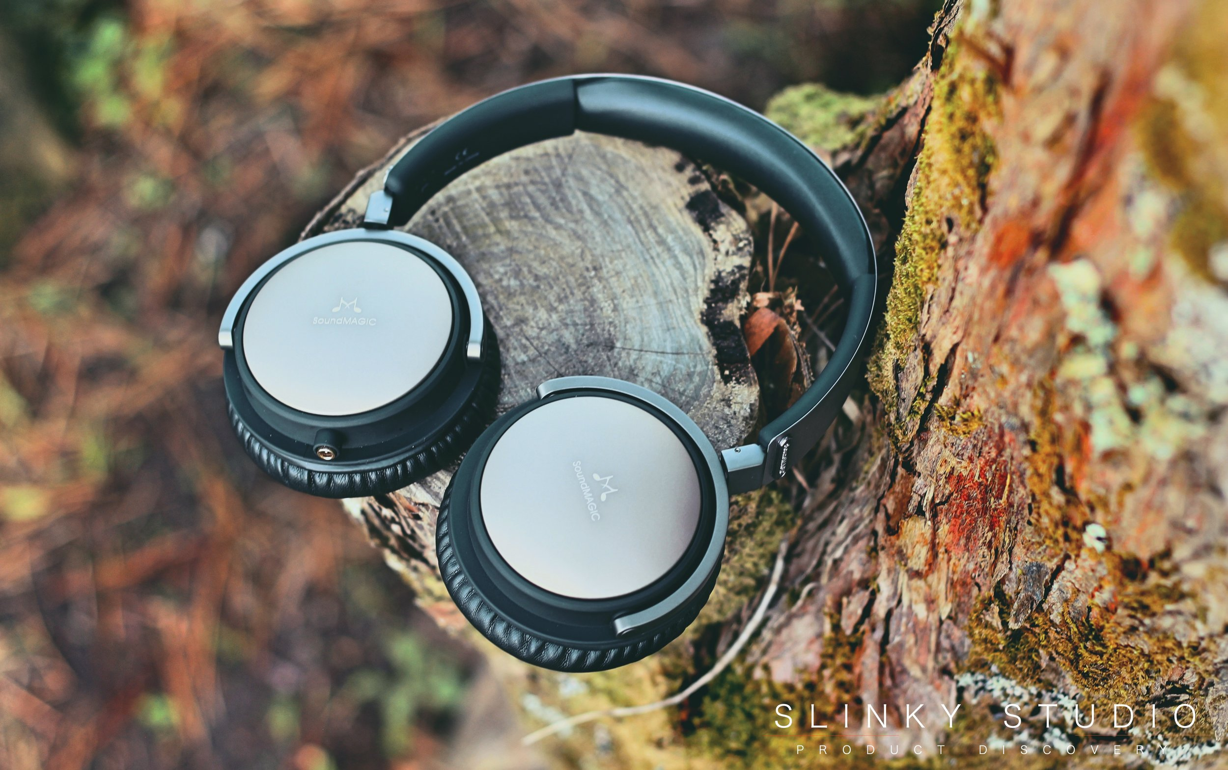 SoundMAGIC Vento P55 Headphones On Tree Stump.jpg