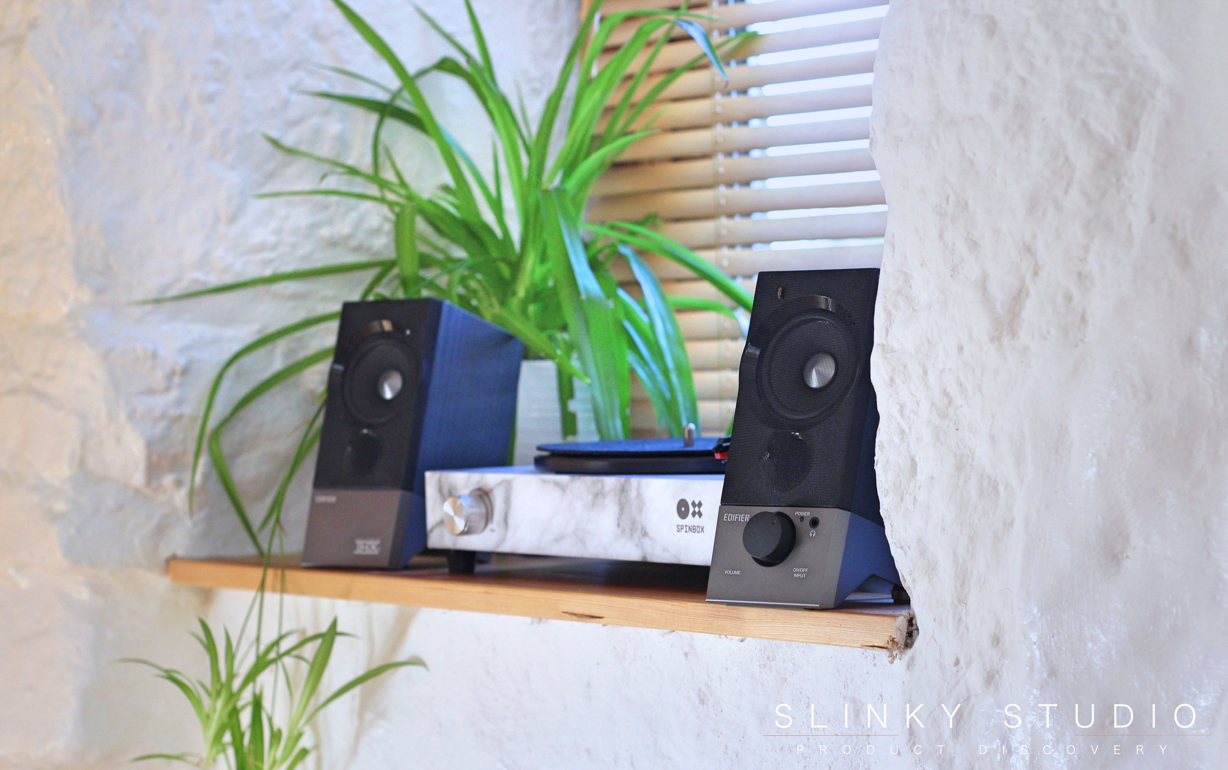 Edifier M3600D Speakers Record Player