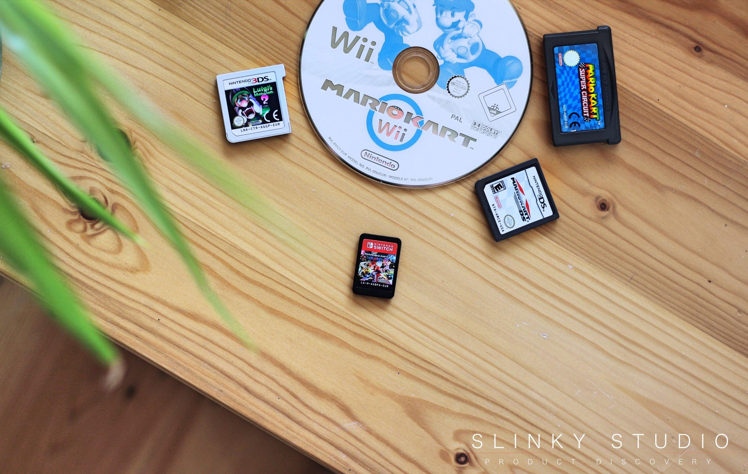 Nintendo Switch Cartridge comparison DS, Gameboy cartridge & Wii DVD Disc .jpg