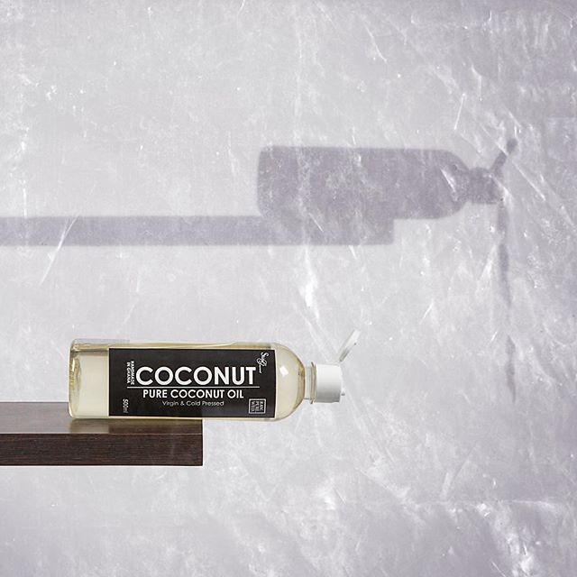 "Photo by @zilchlifeofficial . ""// HAND COLD PRESSED COCONUT OIL // Made in Ghana by @skingourmetgh."""