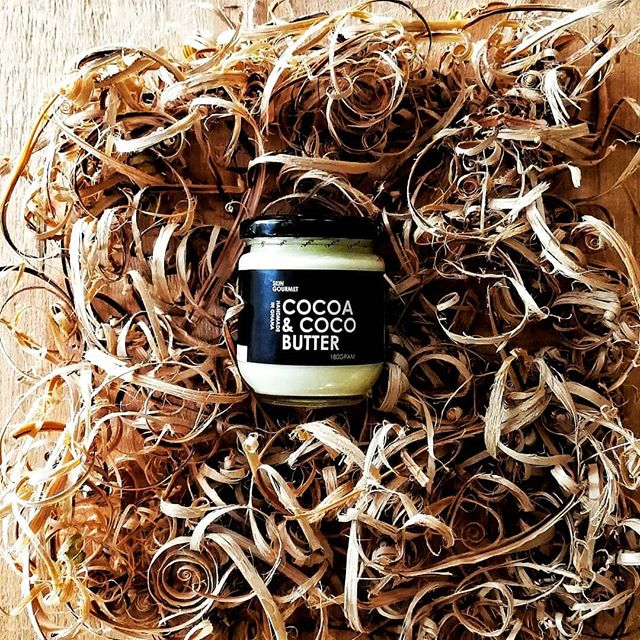 Cocoa & Coco Butter  Cold pressed coconut oil with raw and Unrefined cocoa butter. So pure you can EAT IT! Great for hair and body. . . DM or whatsapp us on +233(0)501451317 to order - we ship world wide 😎👊🏾 . #handmade #madeinghana #skingourmetgh  #eatyourskincare  #raw #pure #wild #unrefined #skincare  #veganbeauty #vegan #crueltyfree #giveback #african #Ghanaian #bodybutter #healthy #natural